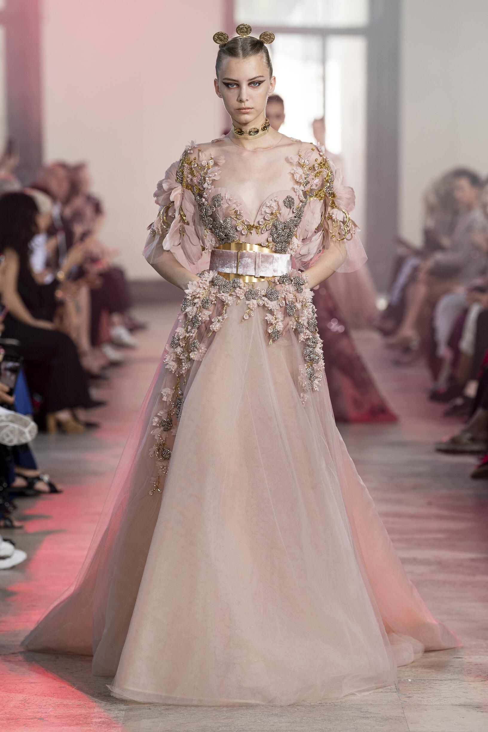 Elie Saab Haute Couture Woman Style FW 2019