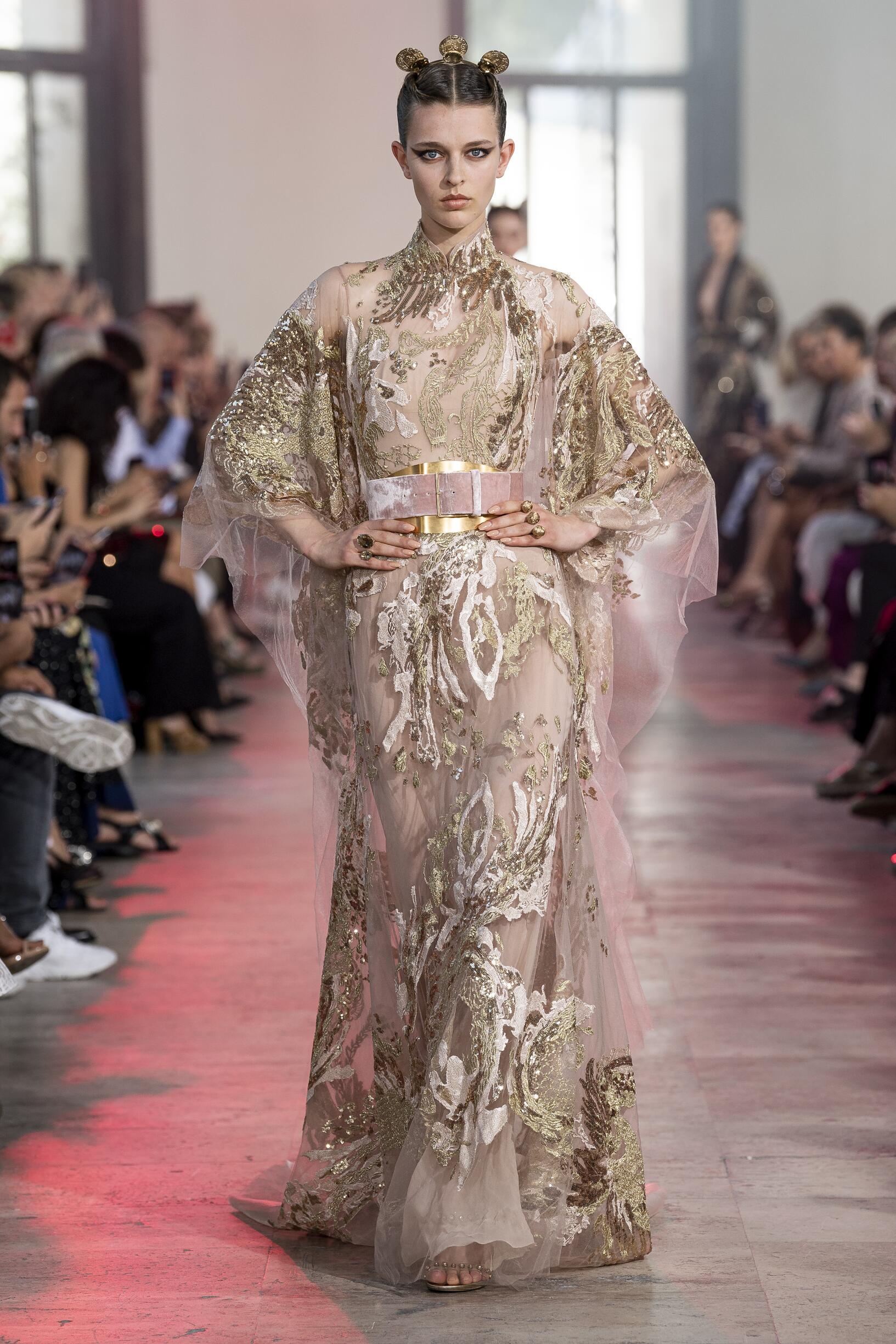 FW 2019-20 Elie Saab Haute Couture Fashion Show Paris Fashion Week