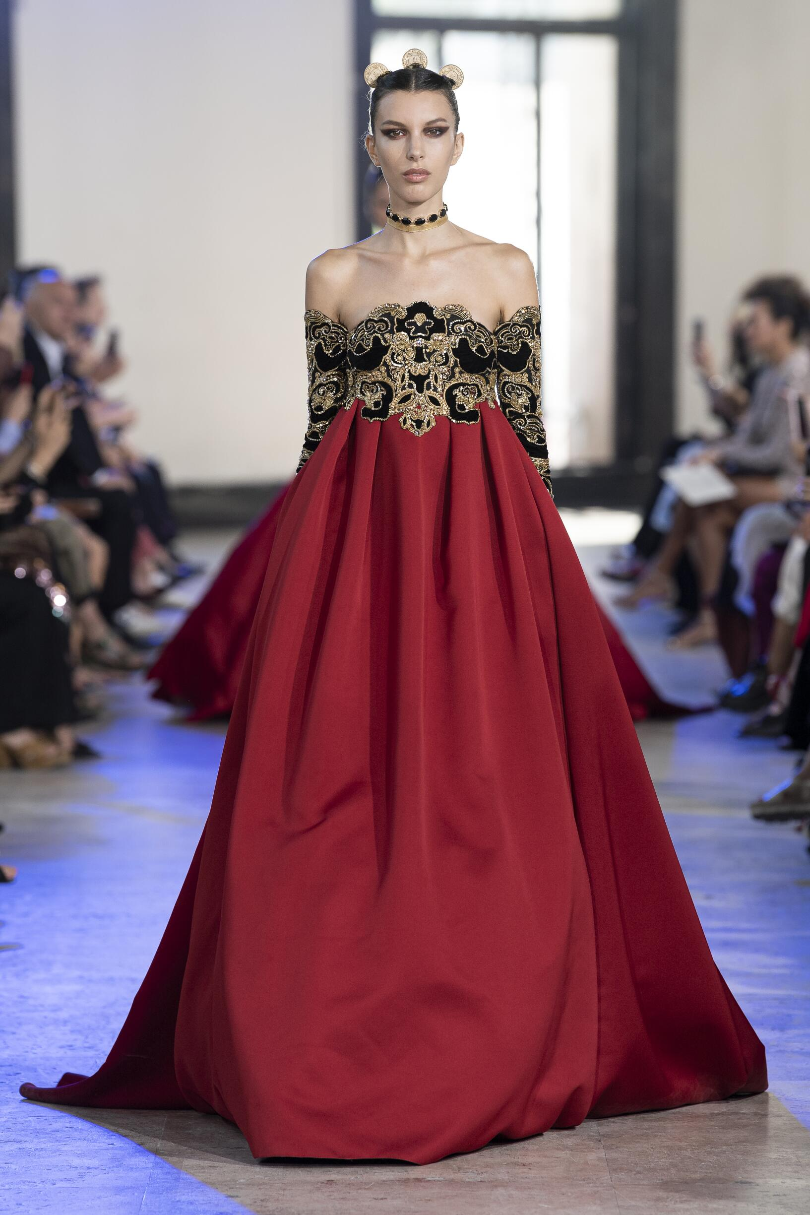 Fall 2019-20 Womenswear Elie Saab Haute Couture