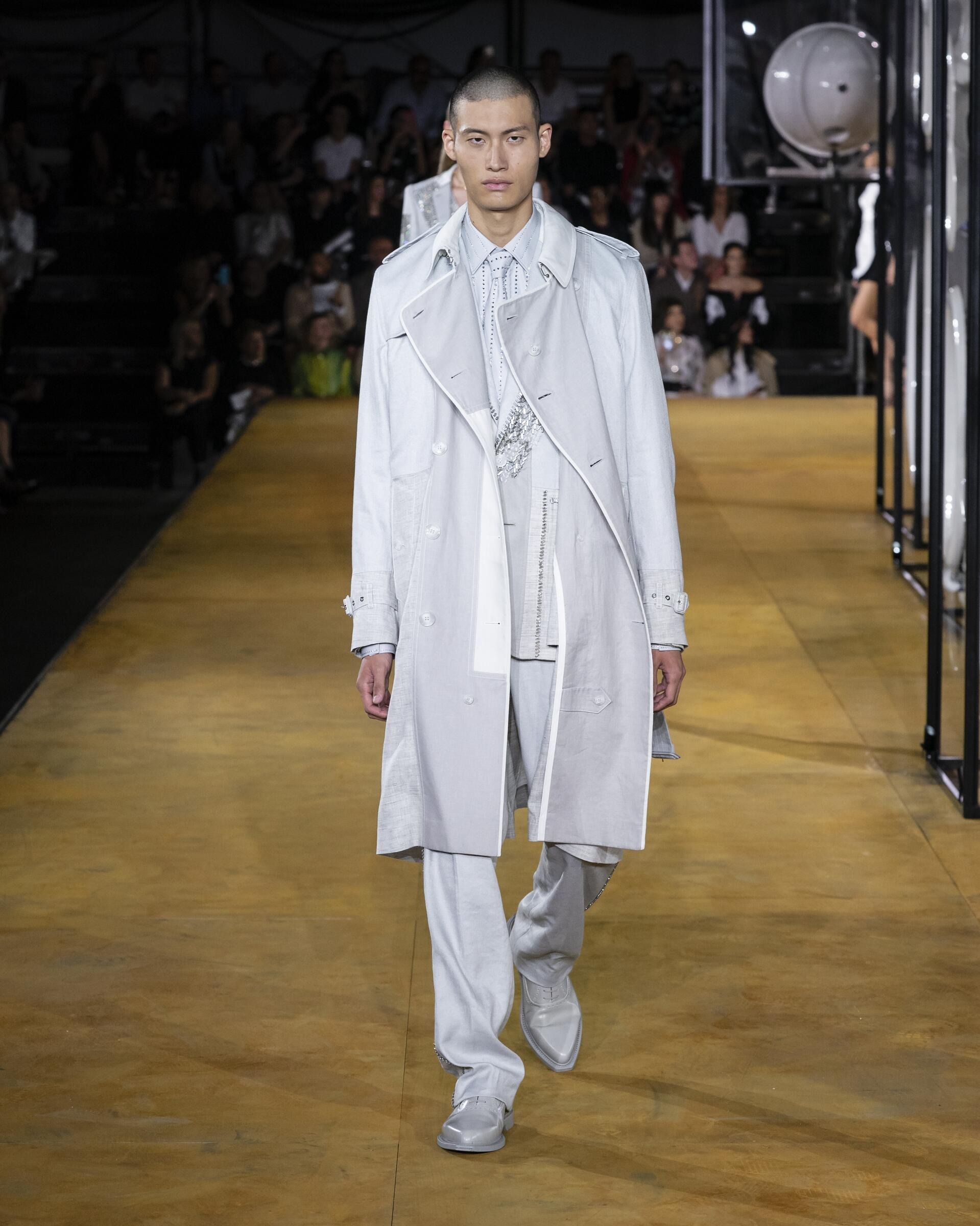 Fashion 2020 Catwalk Burberry Summer