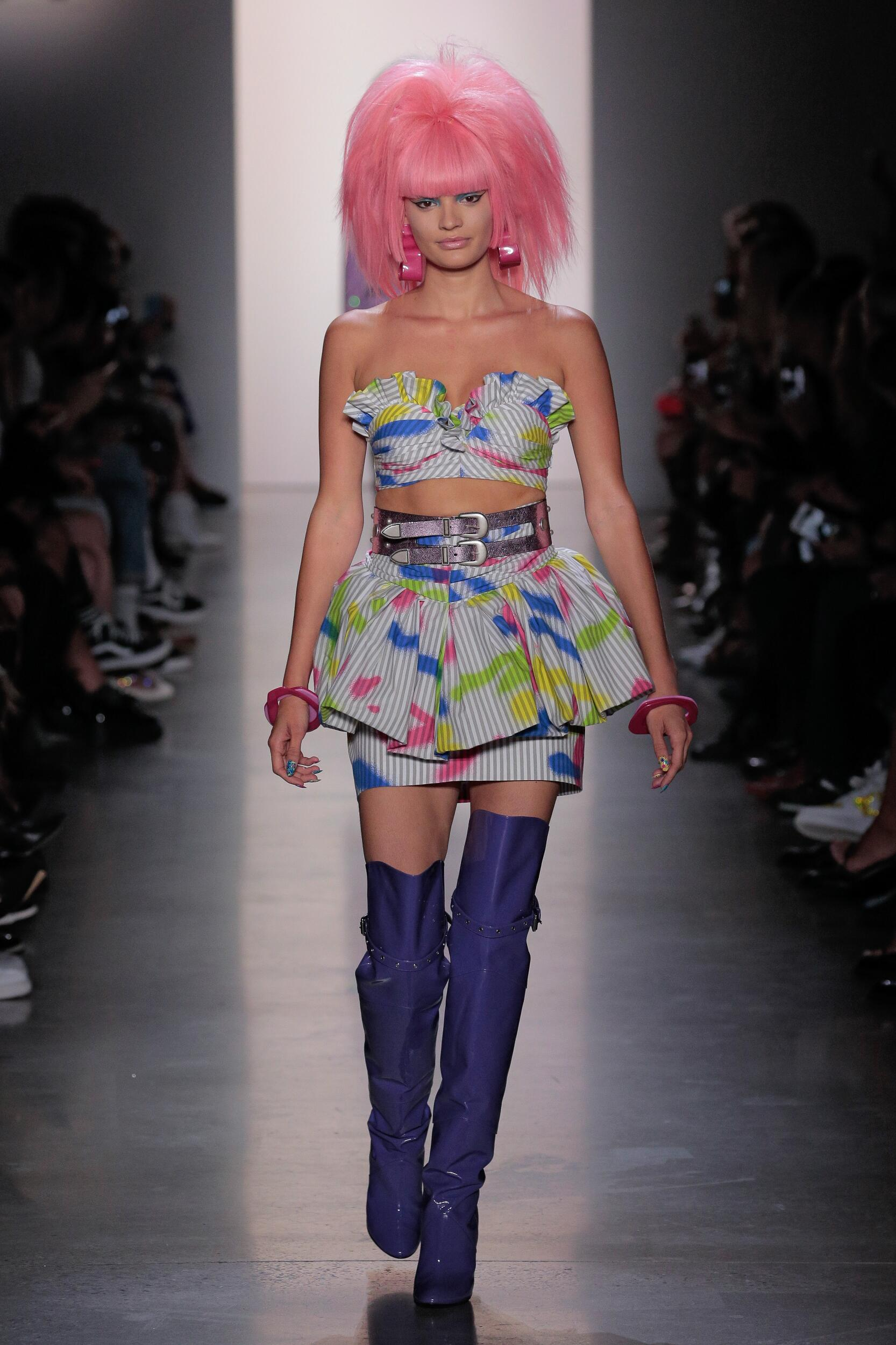 Fashion 2020 Catwalk Jeremy Scott