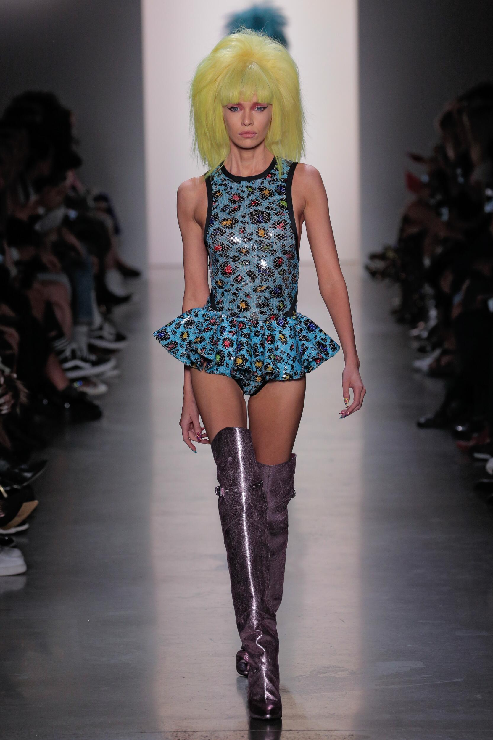 Fashion 2020 Runway Jeremy Scott Summer