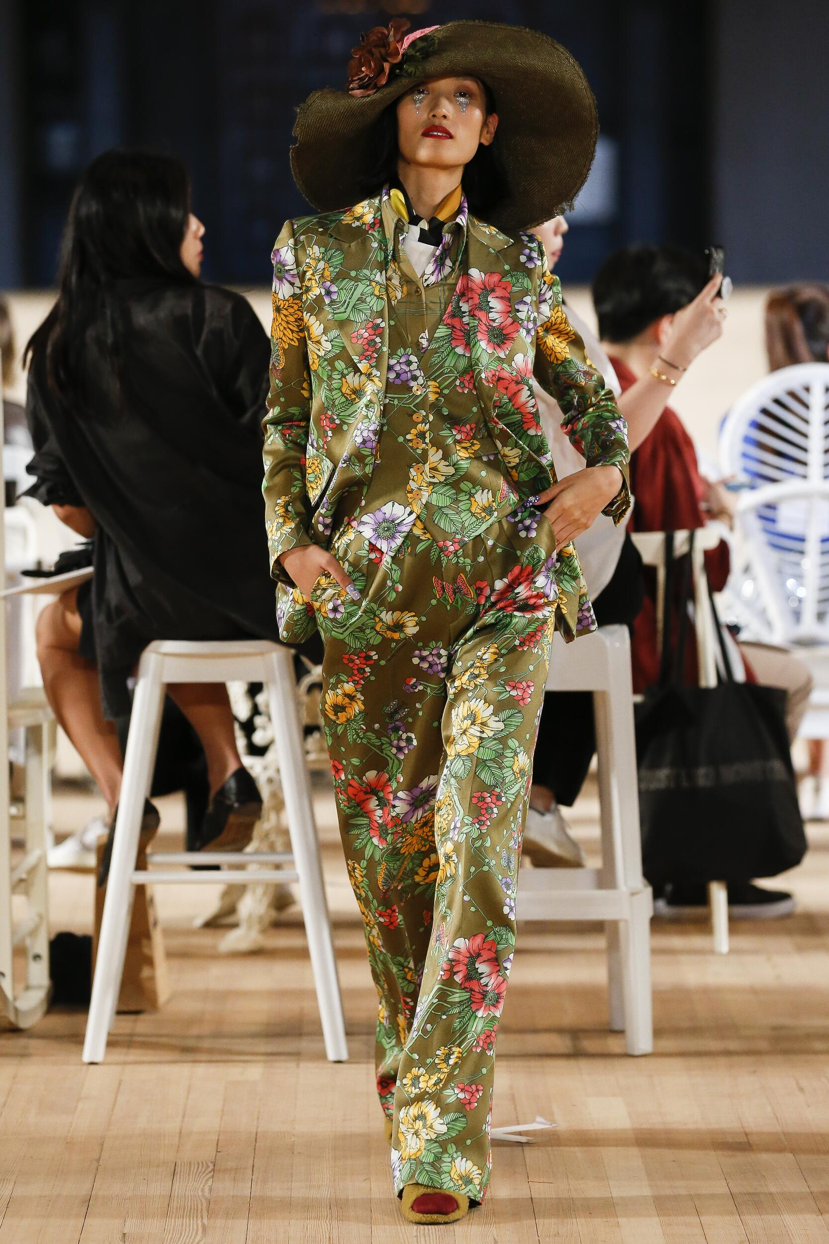 Fashion 2020 Runway Marc Jacobs Summer