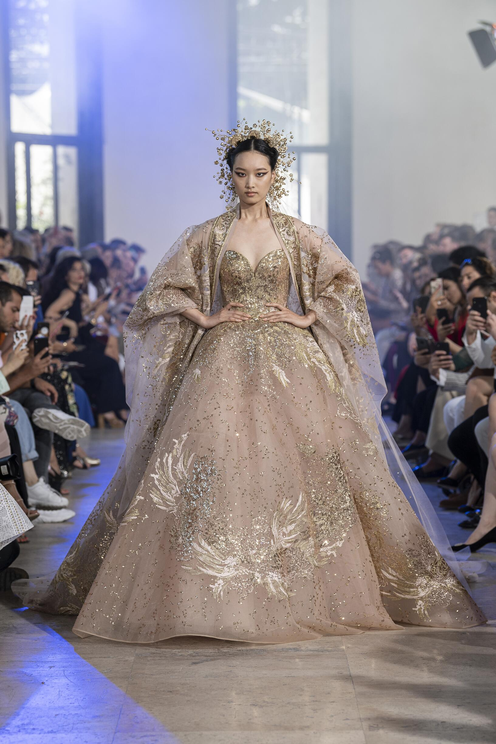 Fashion Week 2019 Catwalk Elie Saab Haute Couture