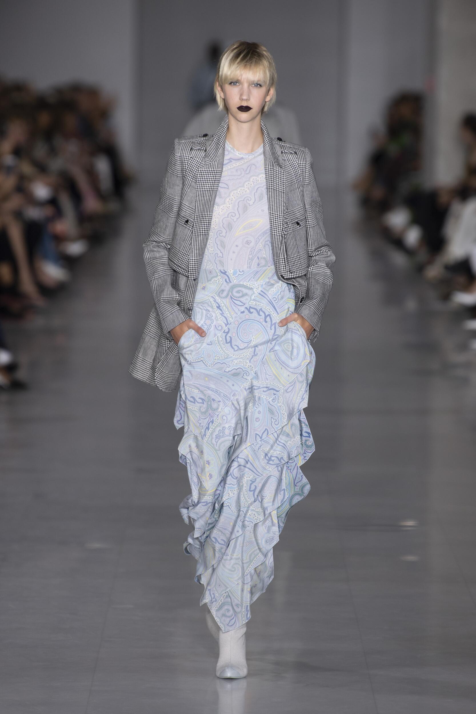Max Mara Spring Summer 2020 Collection Milan Fashion Week