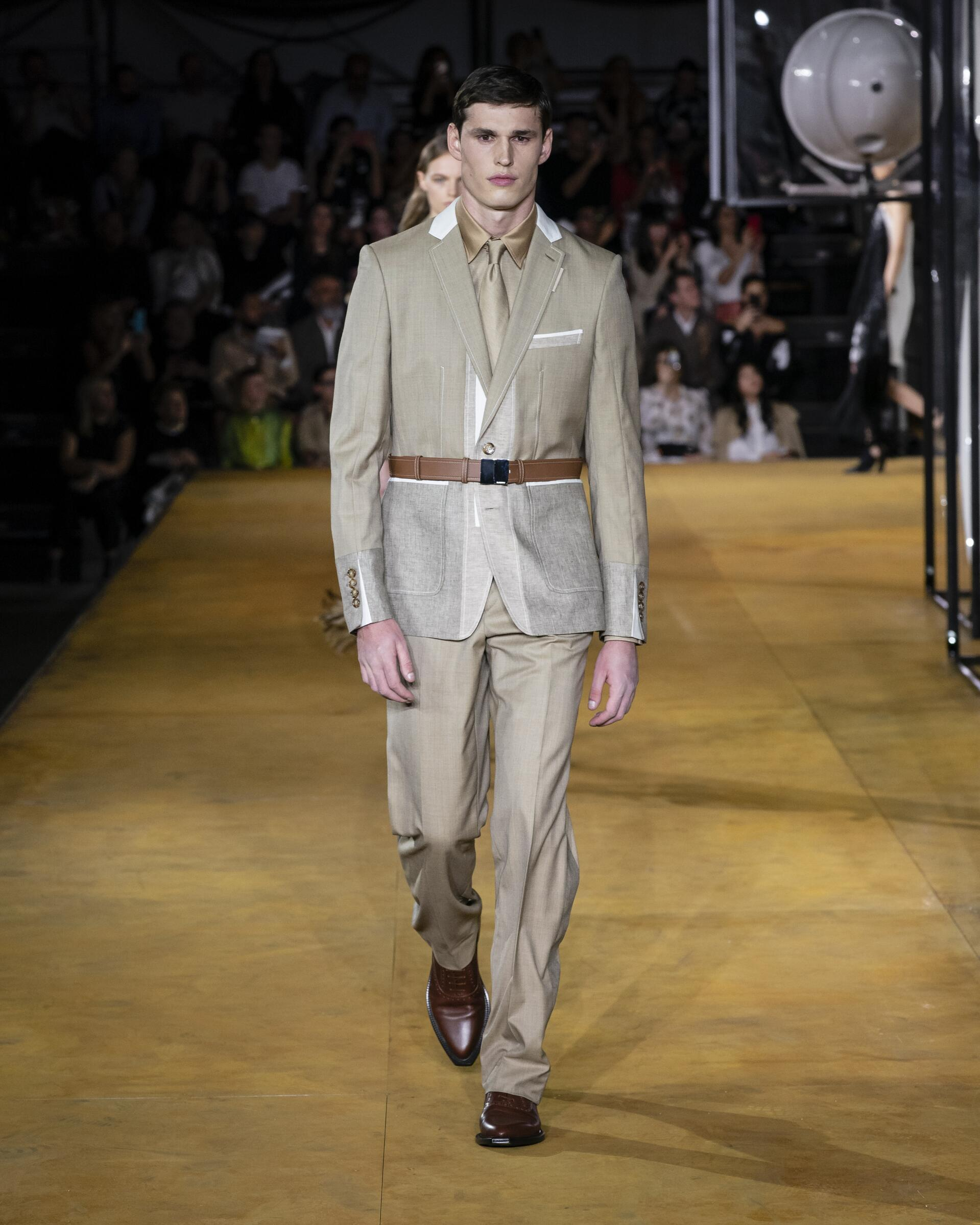 Men SS 2020 Fashion Show Burberry