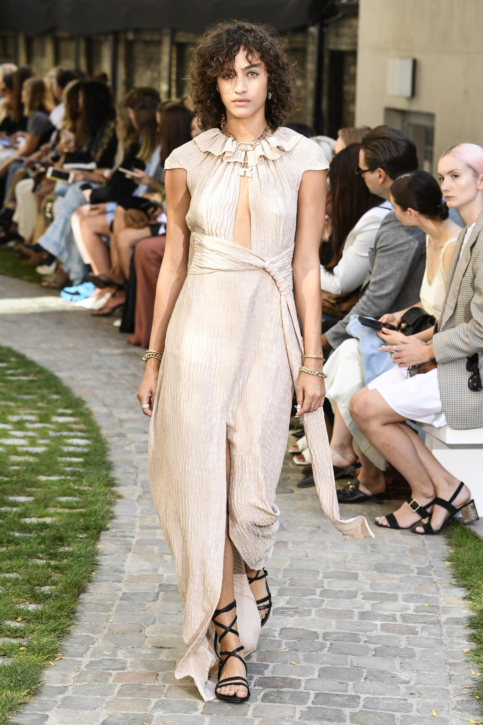 Roland Mouret Woman Style