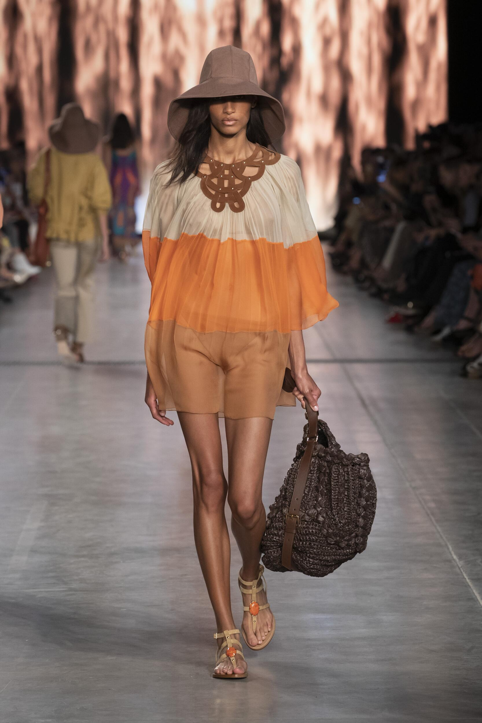 Runway Alberta Ferretti Spring Summer 2020 Women's Collection Milan Fashion Week