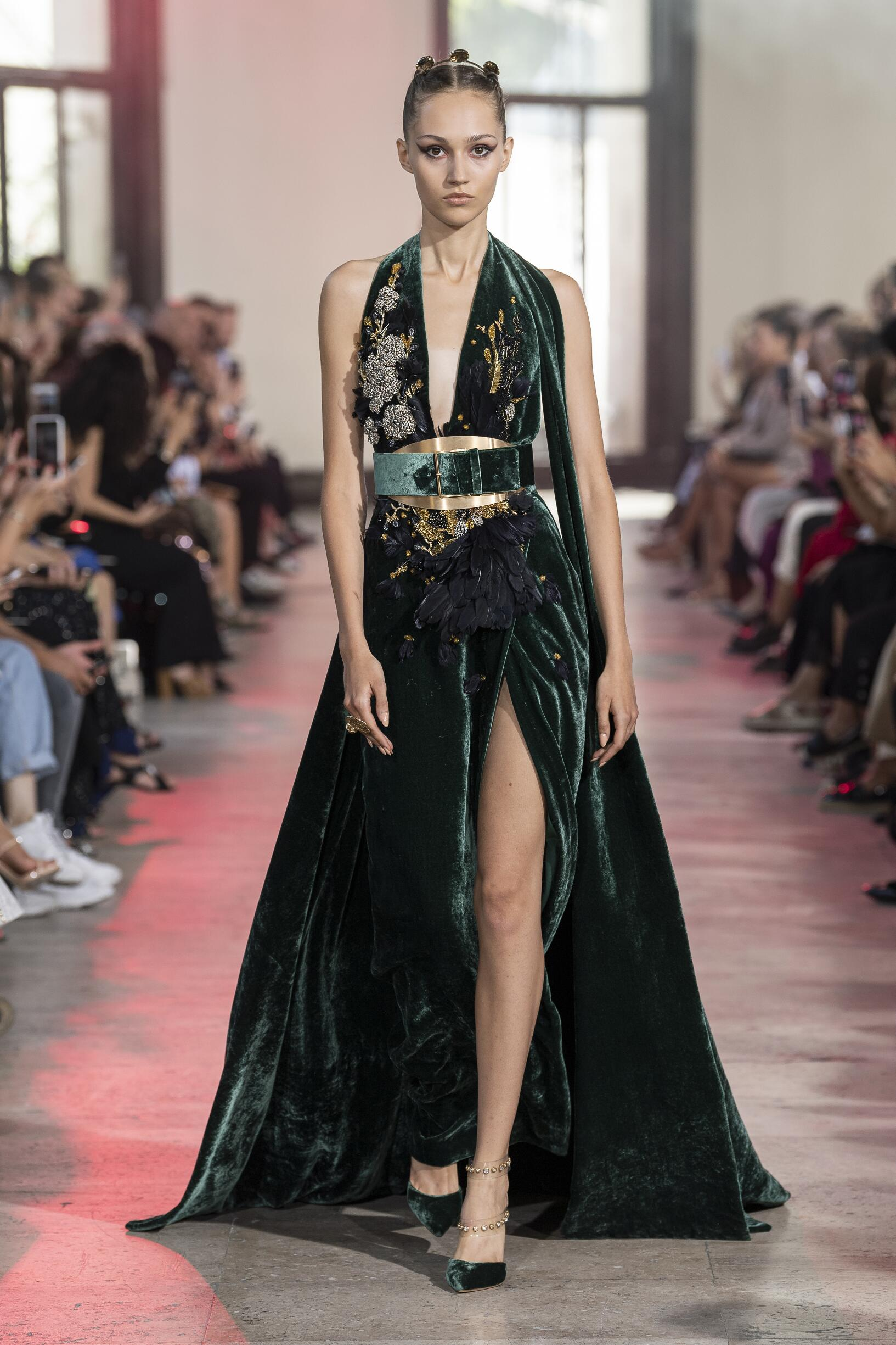 Runway Elie Saab Haute Couture Fall Winter 2019 Collection Paris