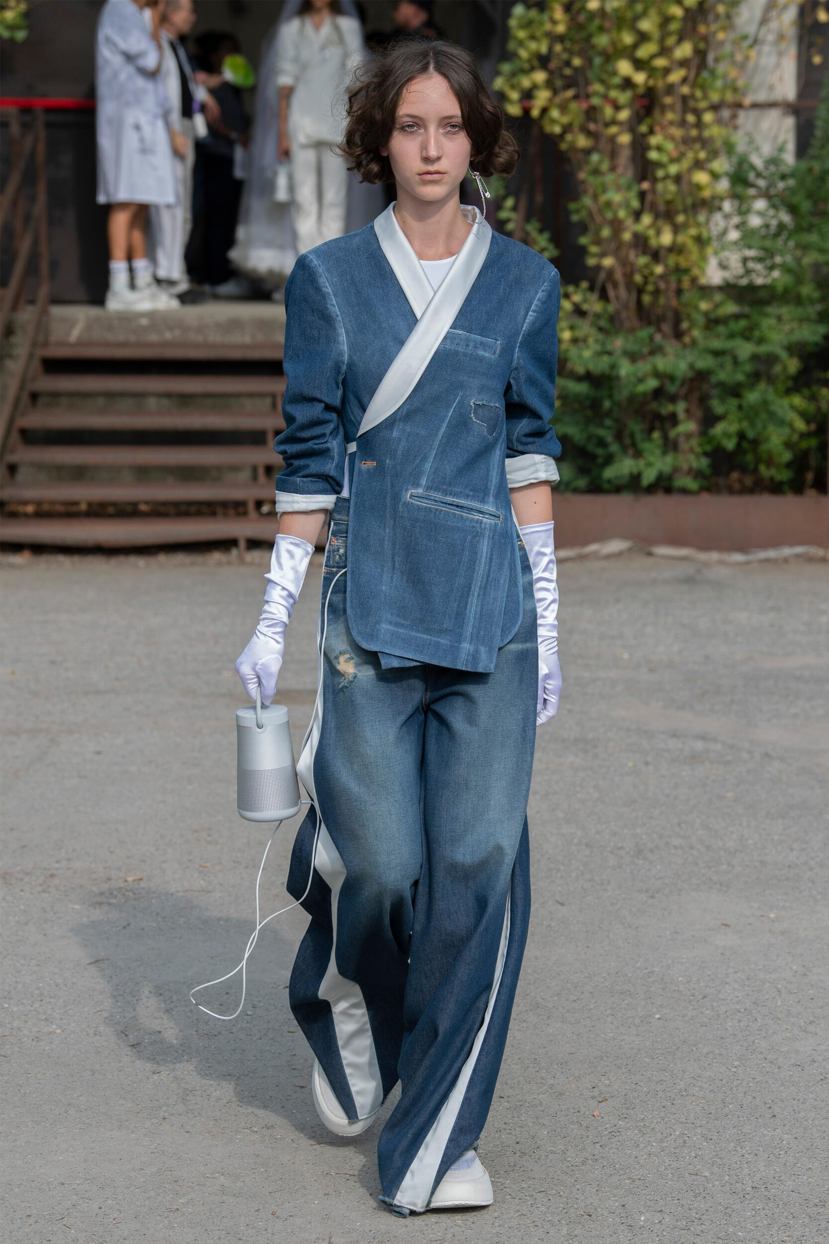 Runway MM6 Maison Margiela Spring Summer 2020 Women's Collection Milan Fashion Week
