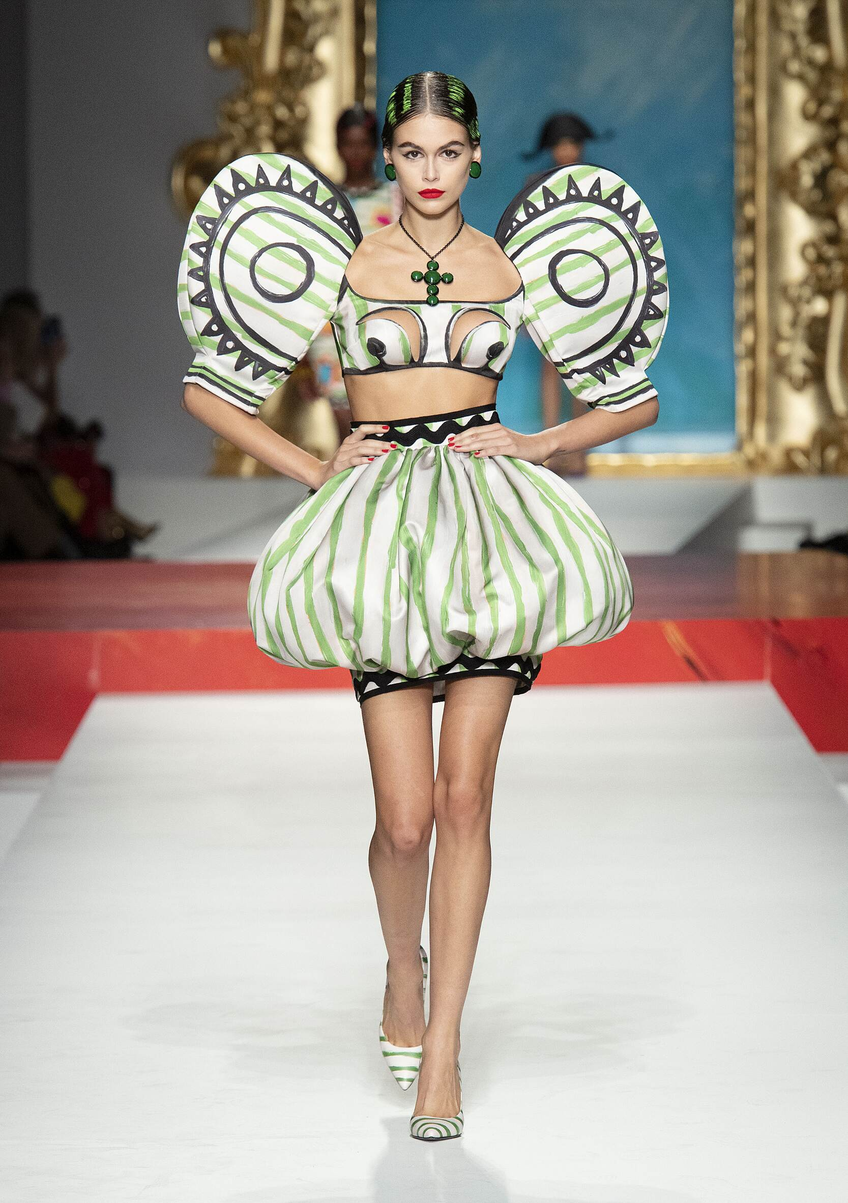 Runway Moschino Spring Summer 2020 Women's Collection Milan Fashion Week