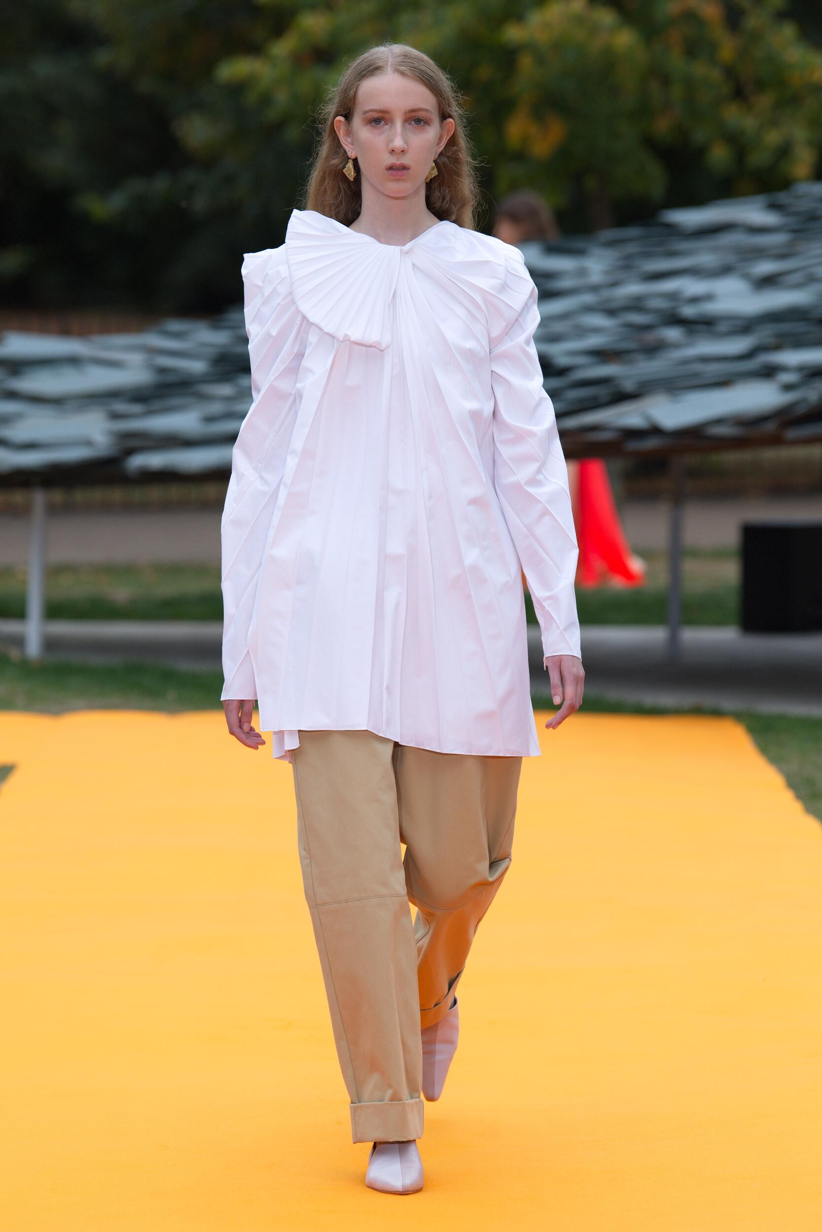 Runway Roksanda Spring Summer 2020 Women's Collection London Fashion Week