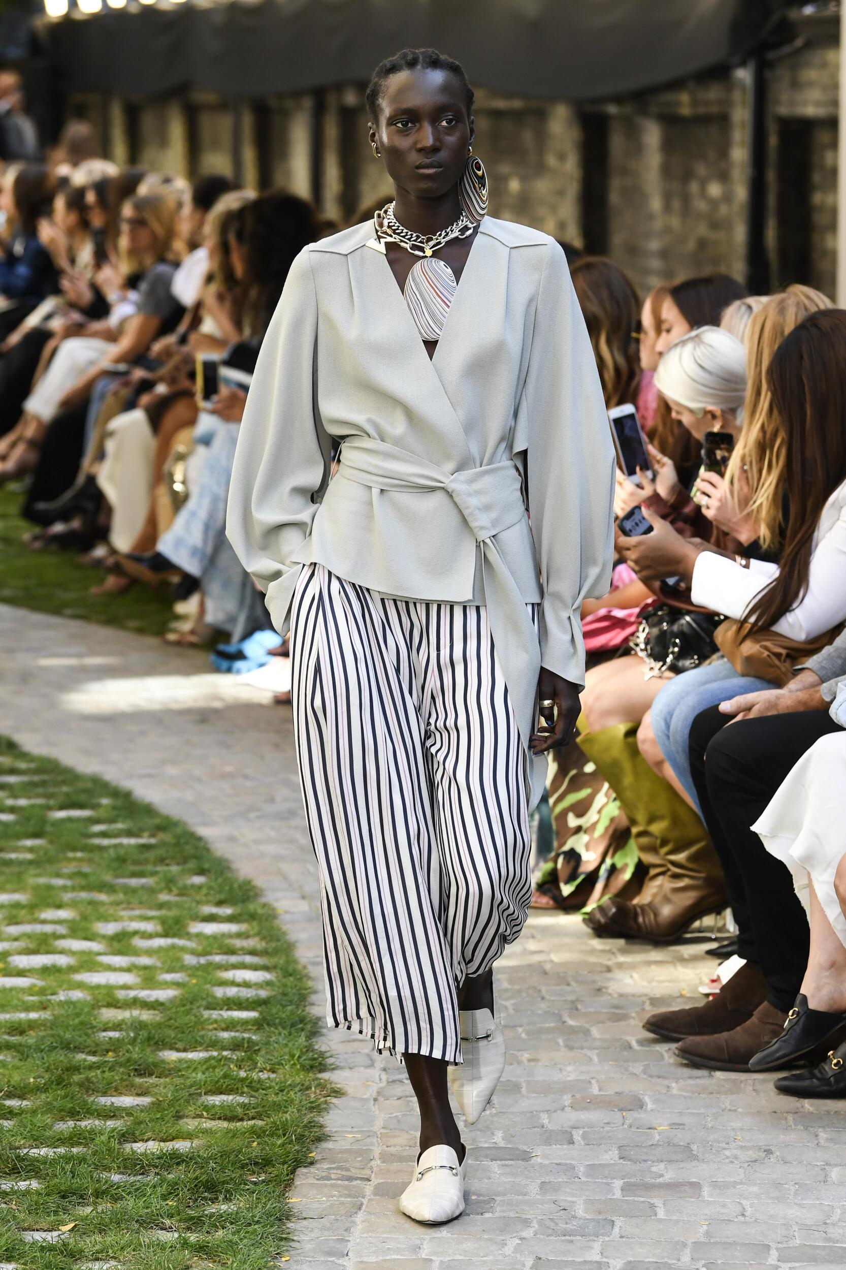SS 2020 Fashion Show Roland Mouret