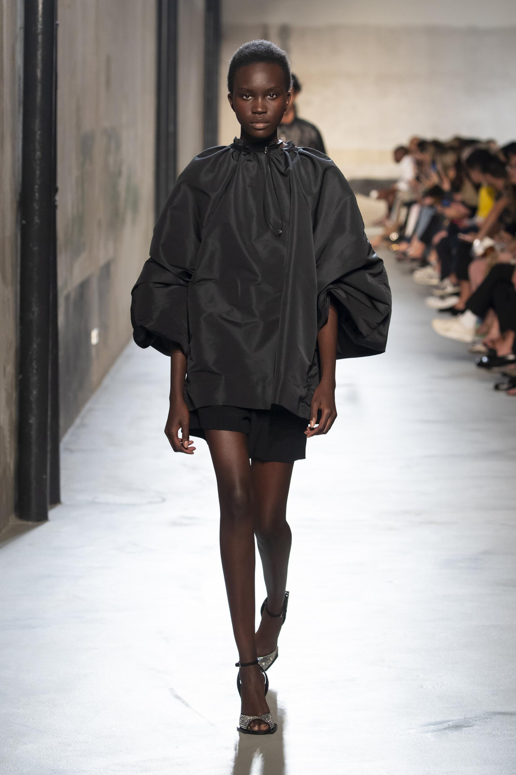 SS 2020 N°21 Fashion Show Milan