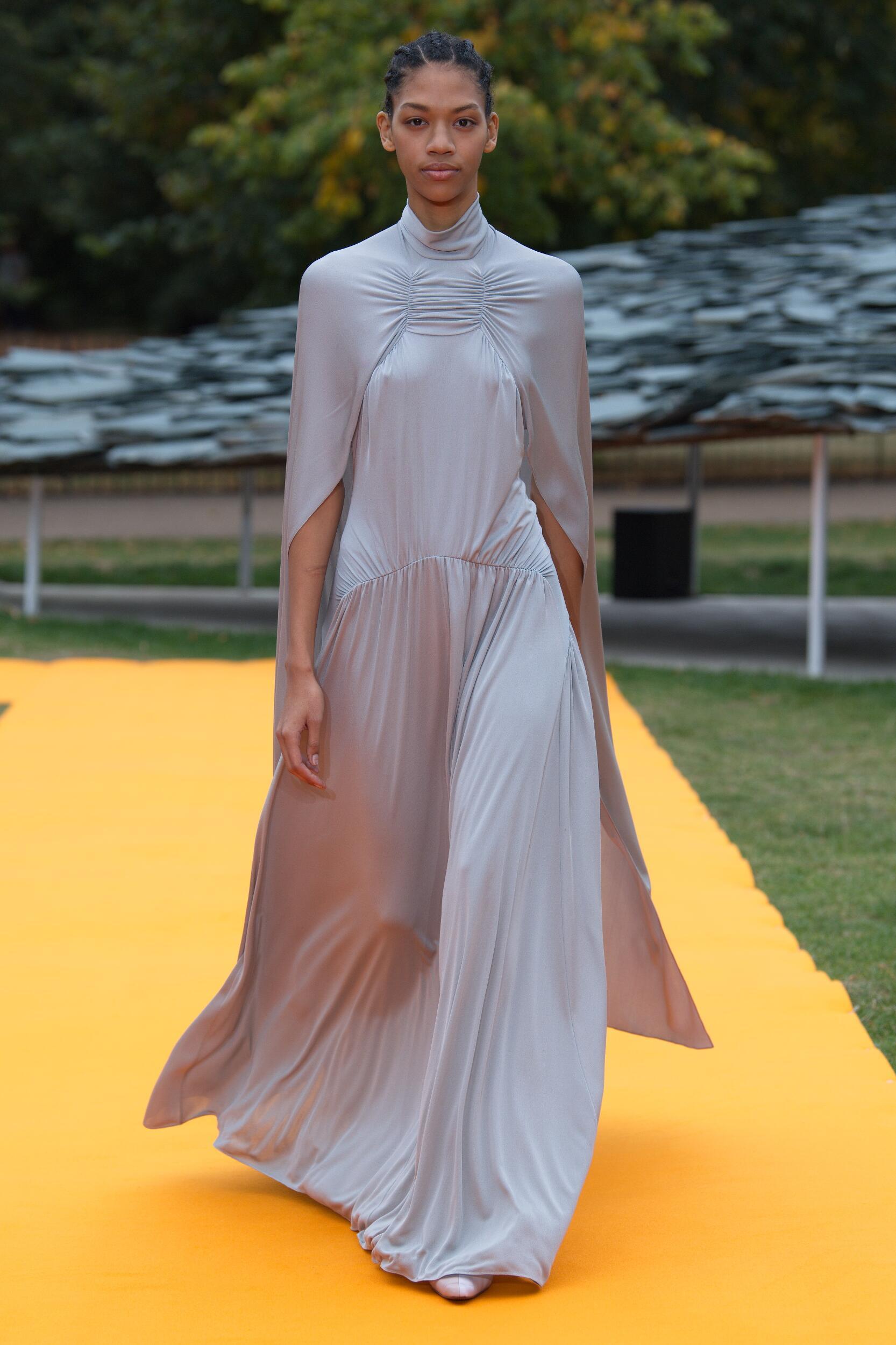 SS 2020 Roksanda Fashion Show