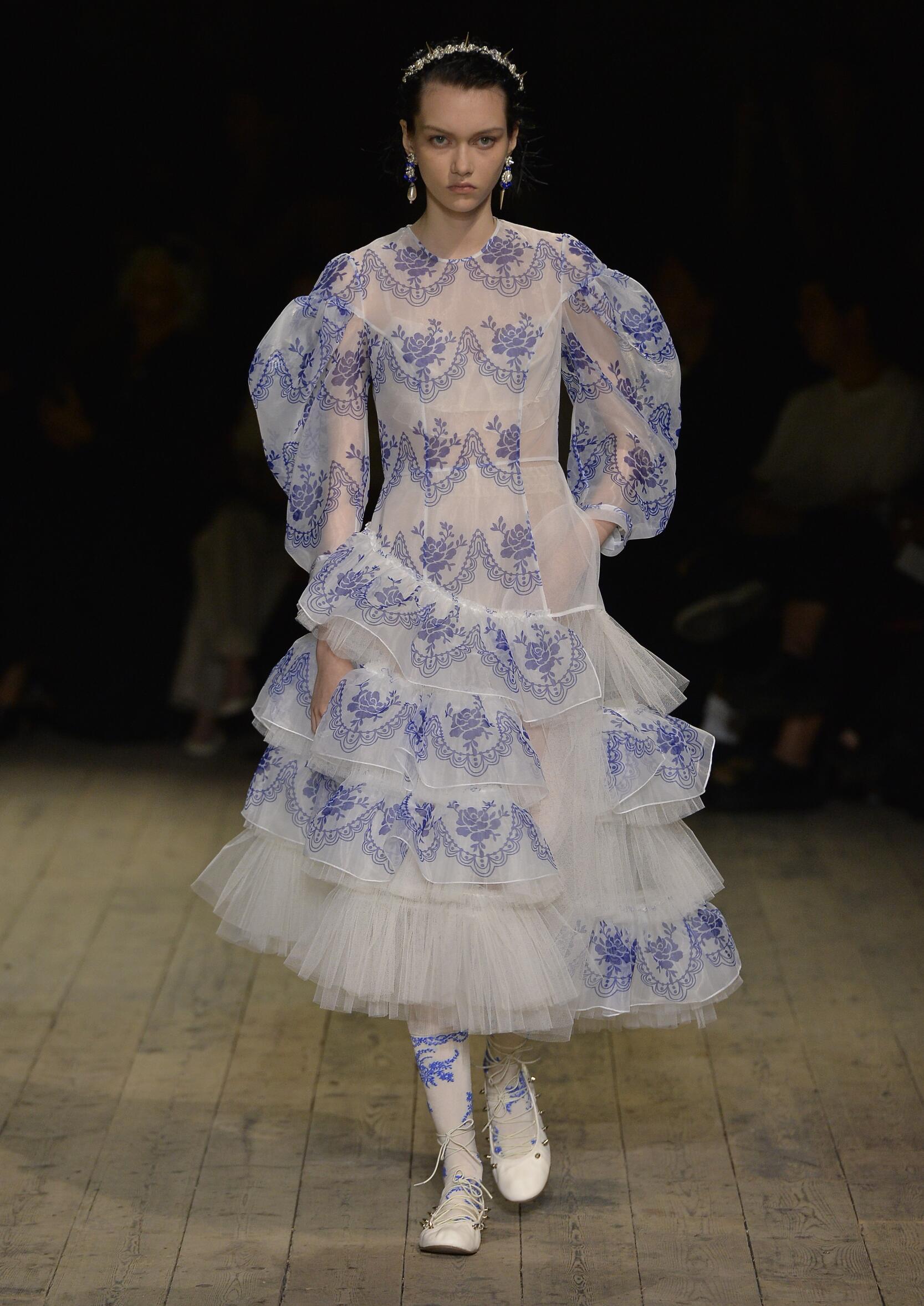 SS 2020 Simone Rocha Fashion Show