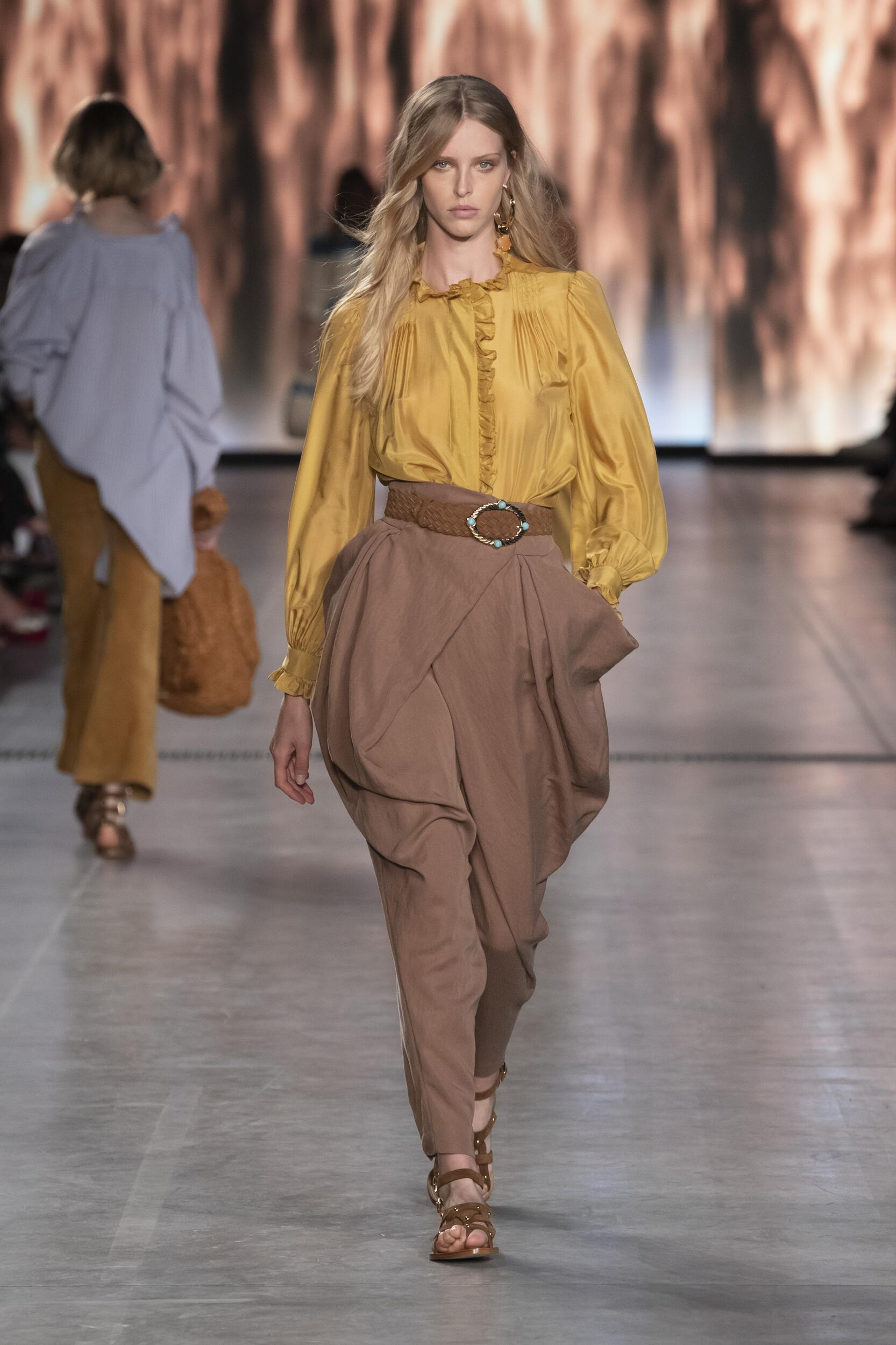 Spring Summer 2020 Woman Milan Alberta Ferretti Collection