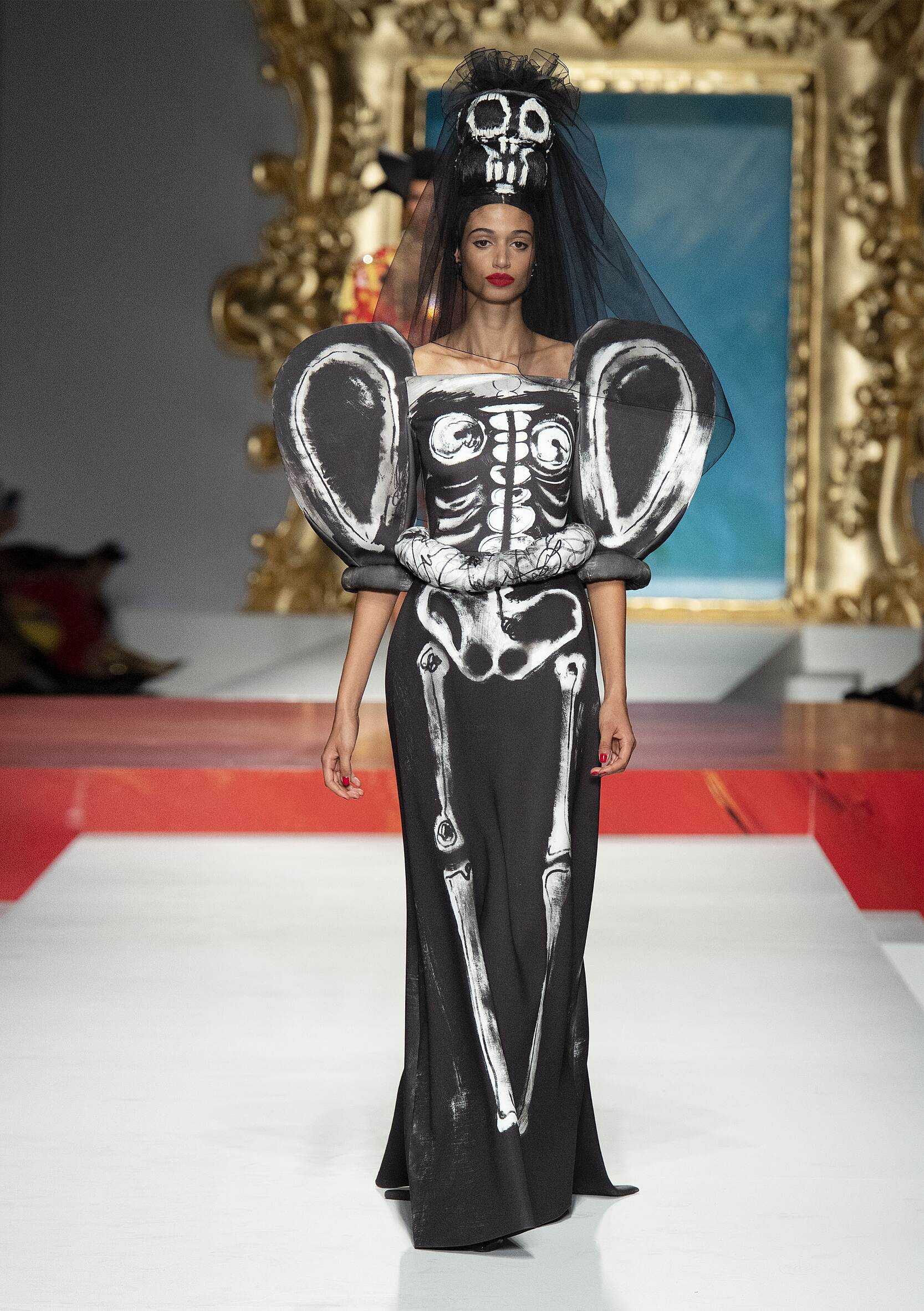 Spring Summer 2020 Woman Milan Moschino Collection