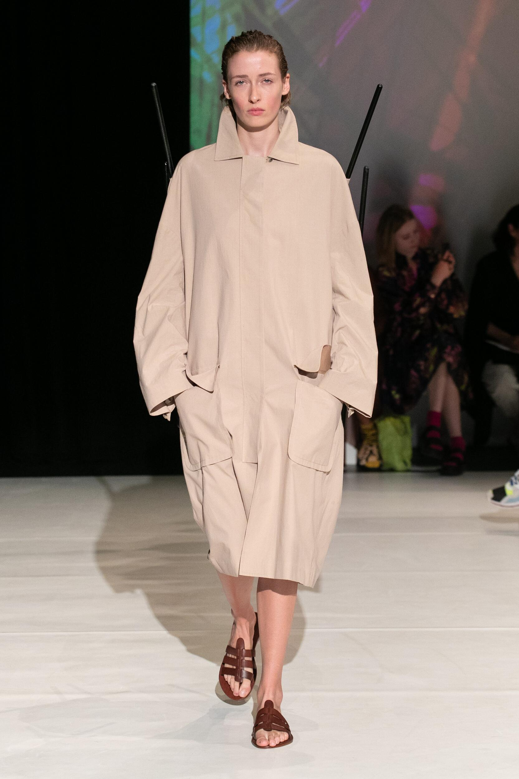 Summer 2020 Fashion Trends Chalayan