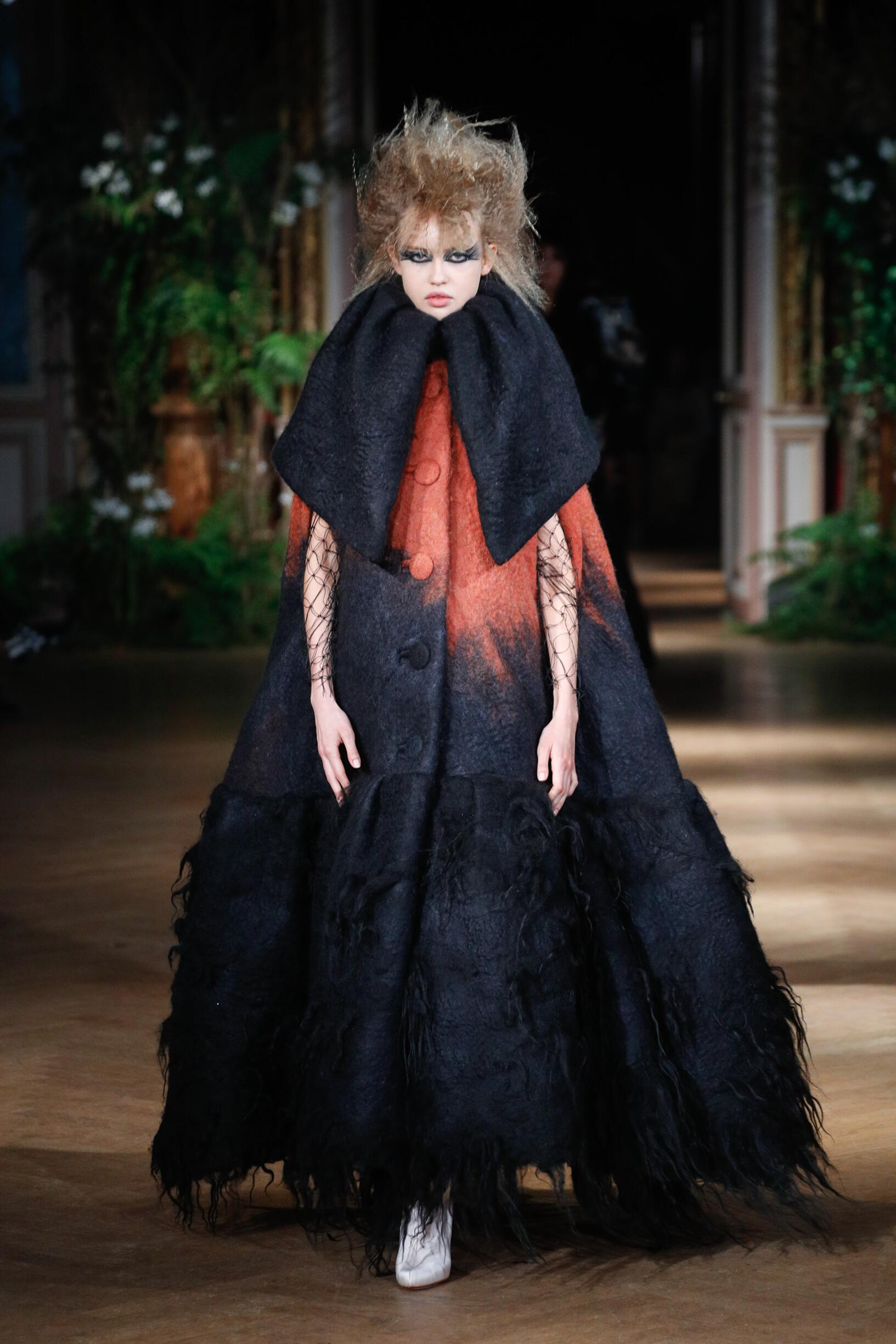 Viktor & Rolf Haute Couture Woman 2019-2020