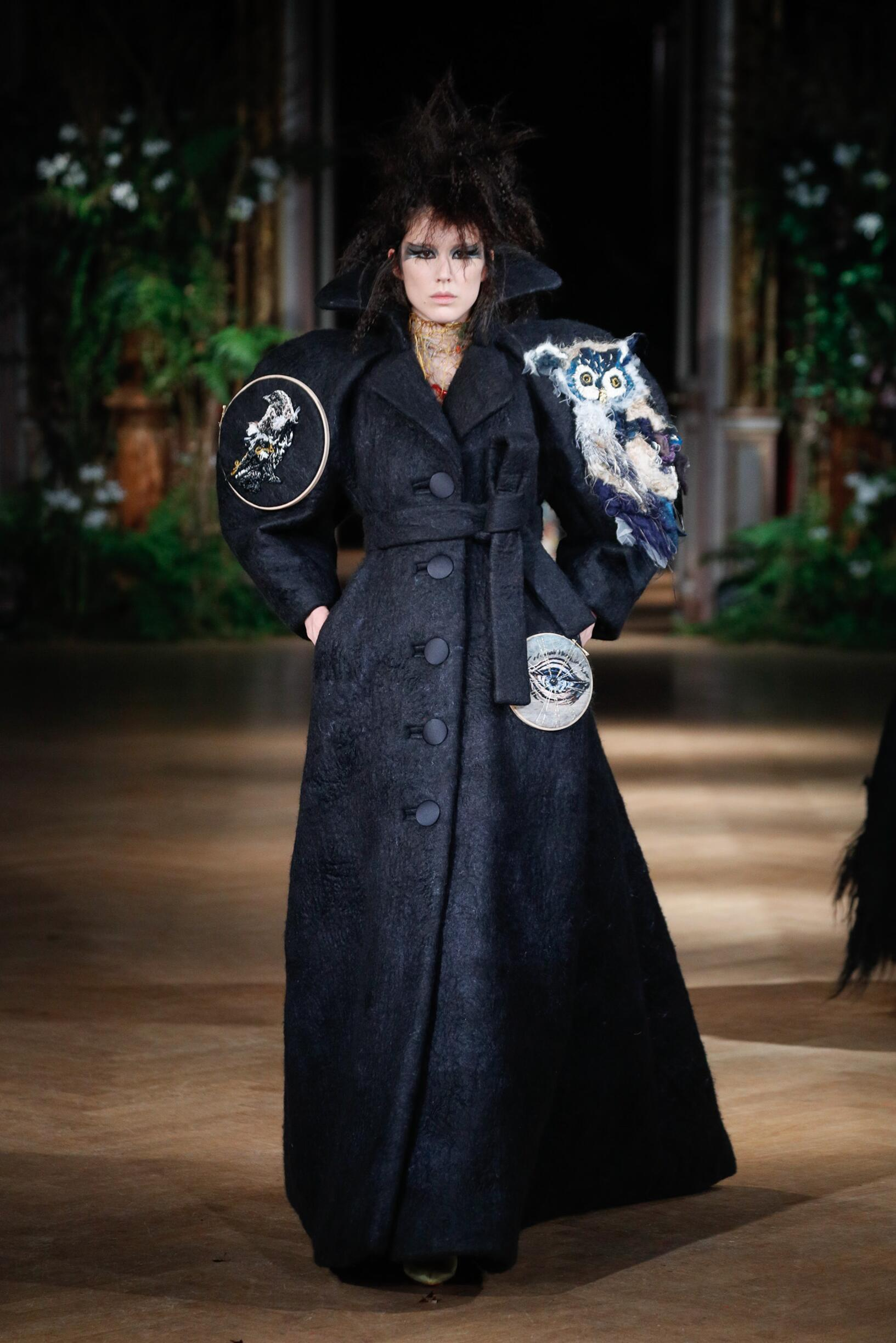 Viktor & Rolf Haute Couture Woman Style