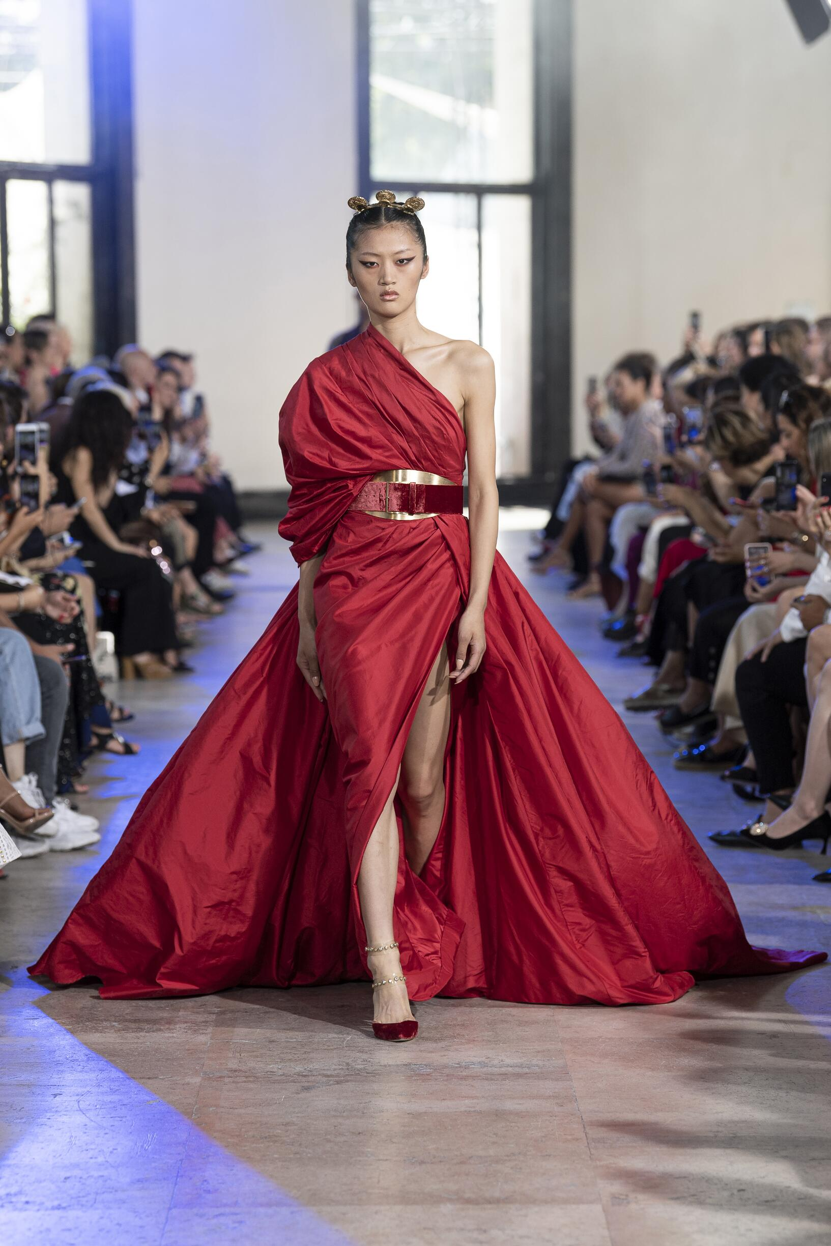 Winter 2019-20 Fashion Trends Elie Saab Haute Couture