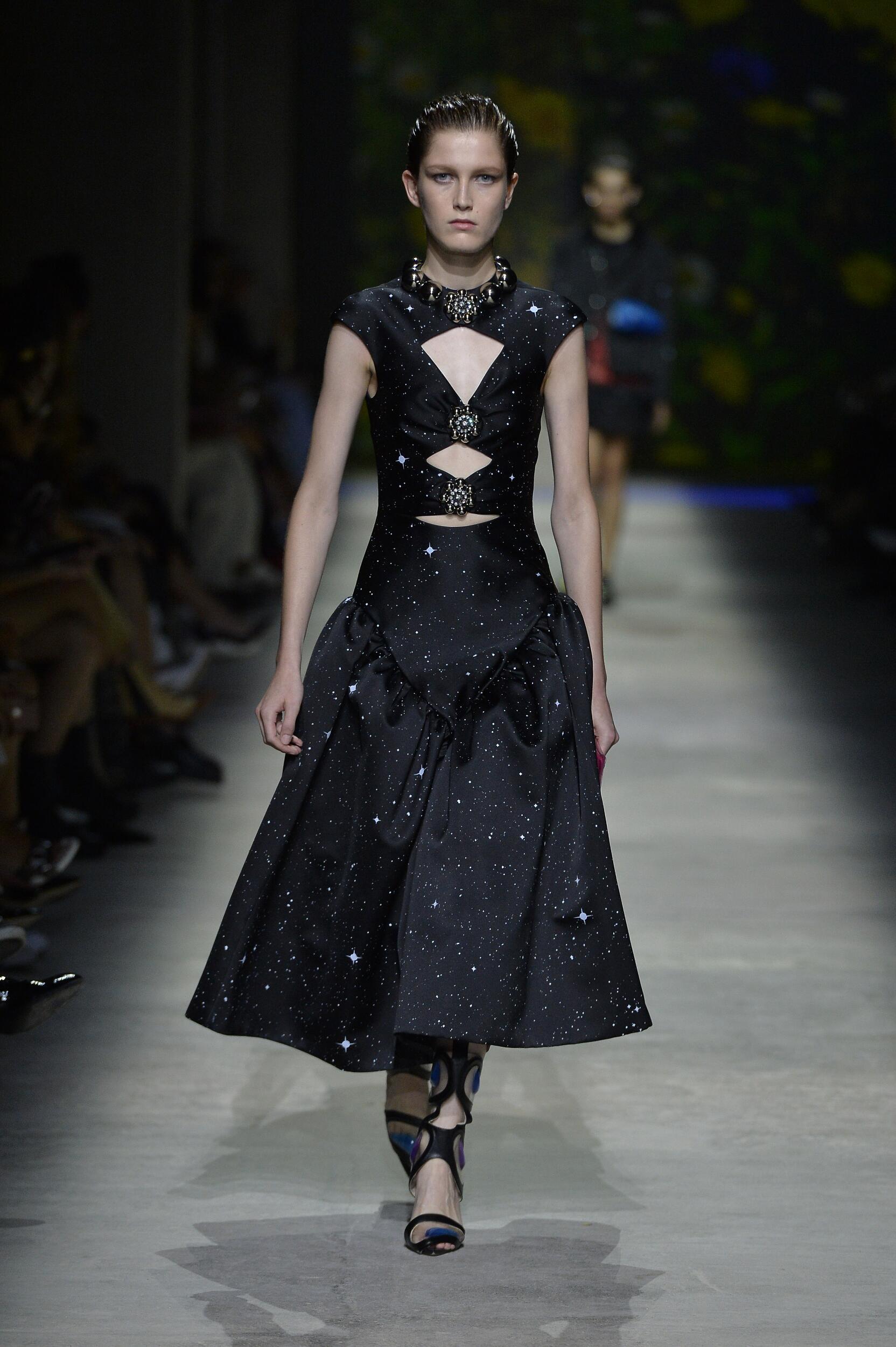 Woman SS 2020 Christopher Kane Show London Fashion Week