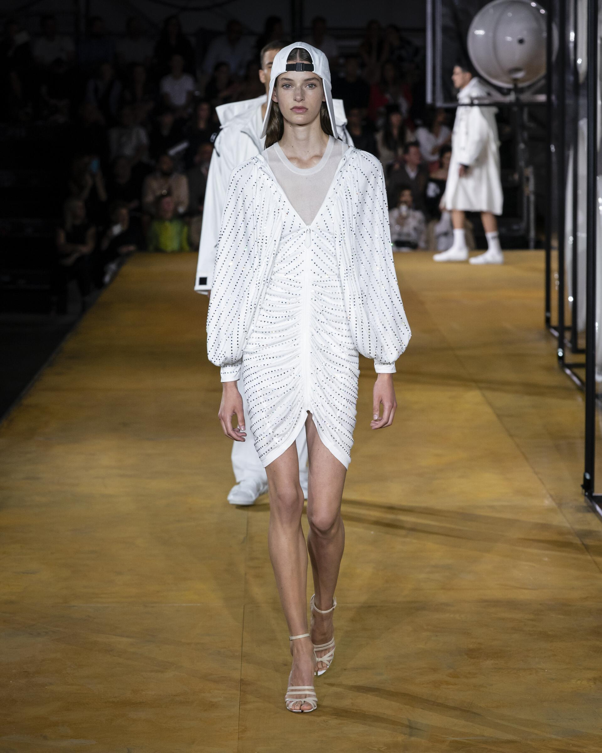 Womenswear Fashion 2020 Catwalk Burberry