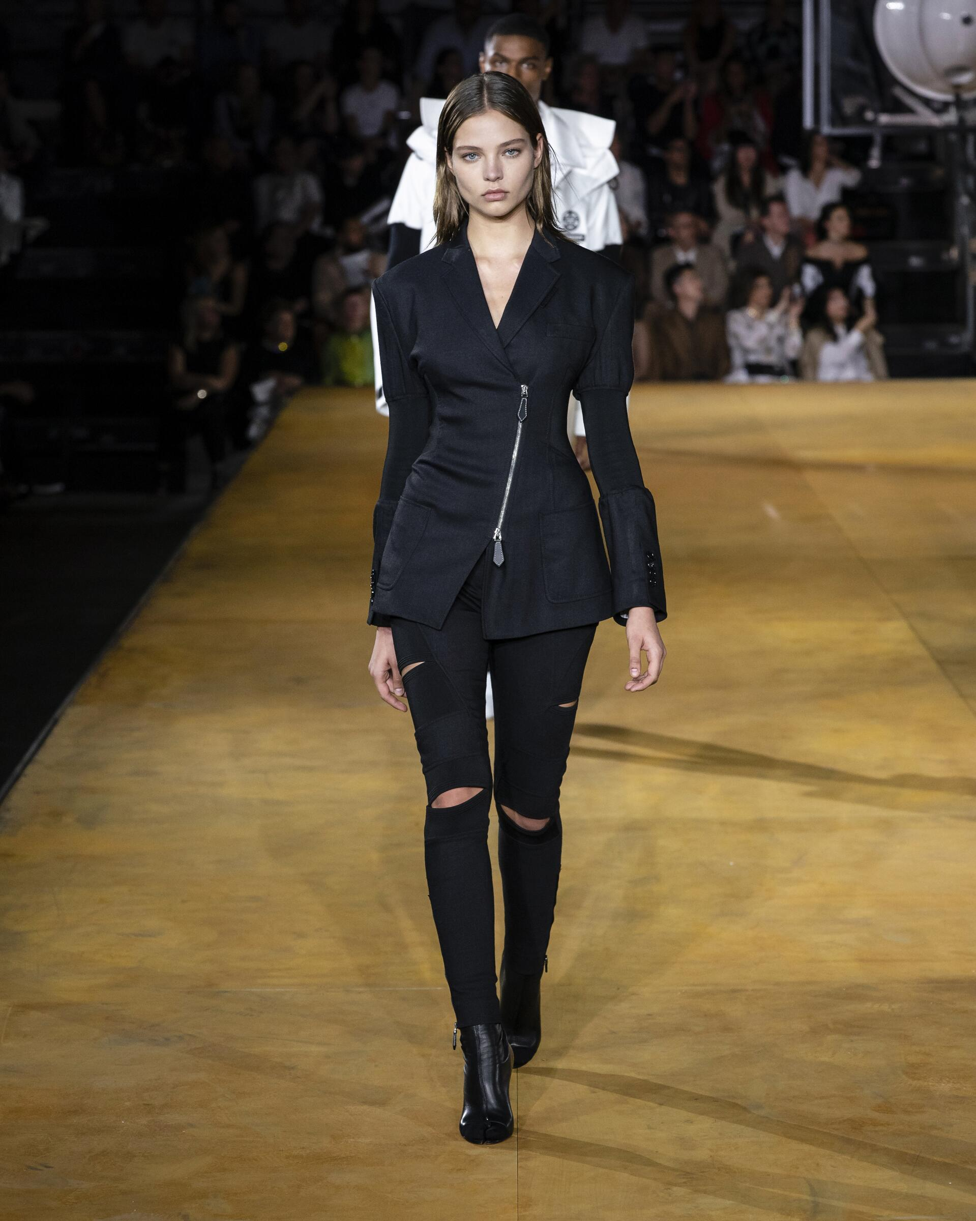 Womenswear Spring Summer Burberry 2020 Trends