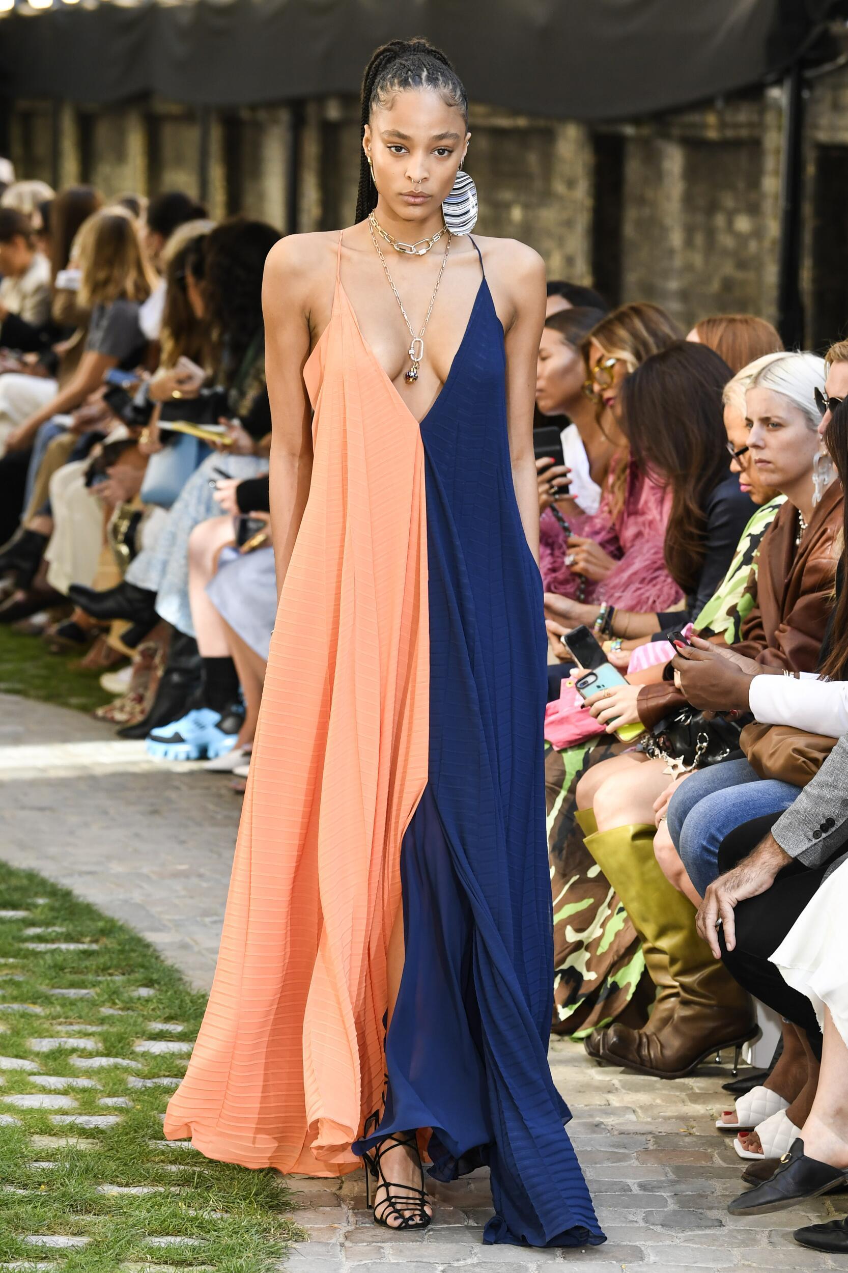 Womenswear Summer Roland Mouret 2020
