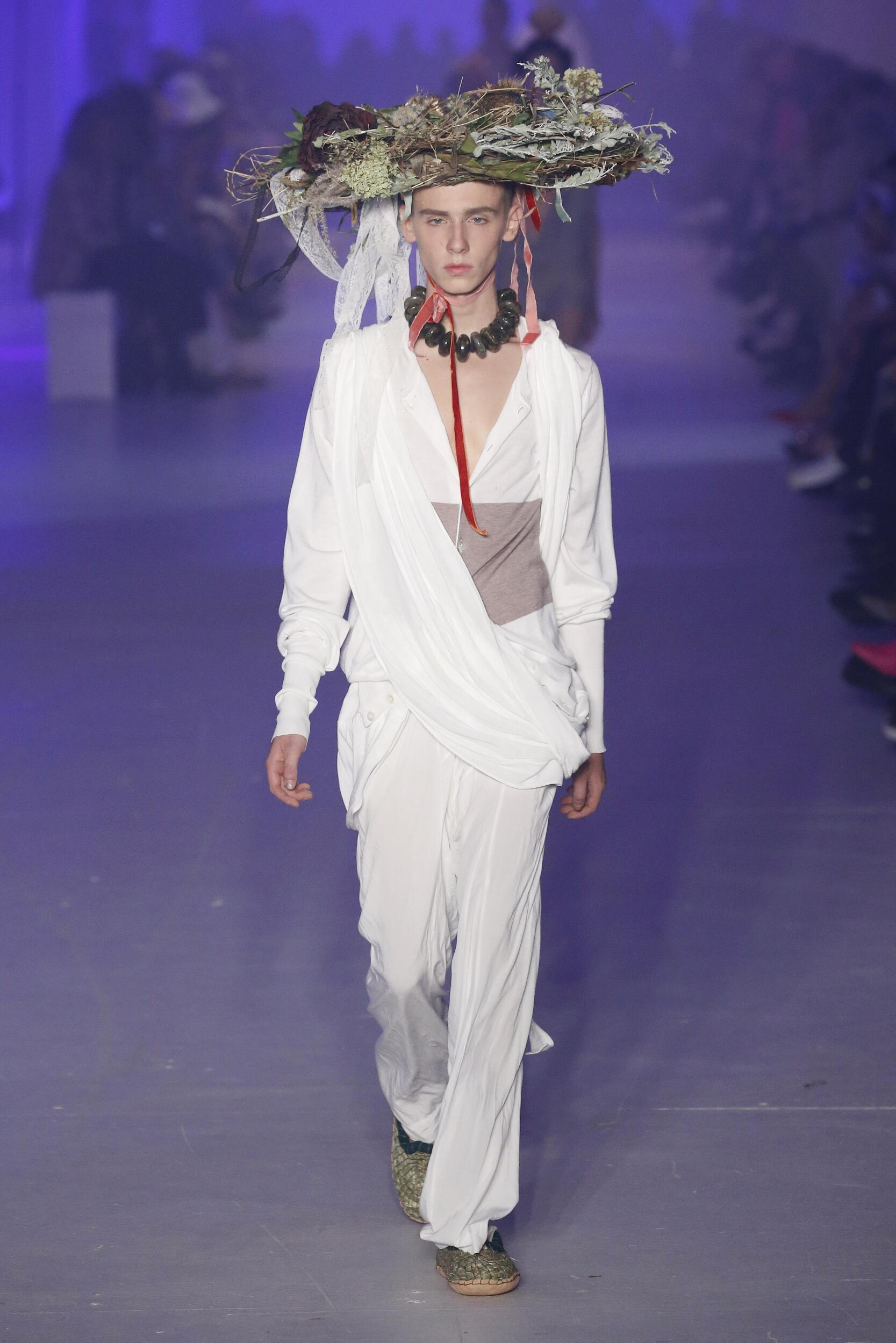 2020 Andreas Kronthaler for Vivienne Westwood Summer Catwalk