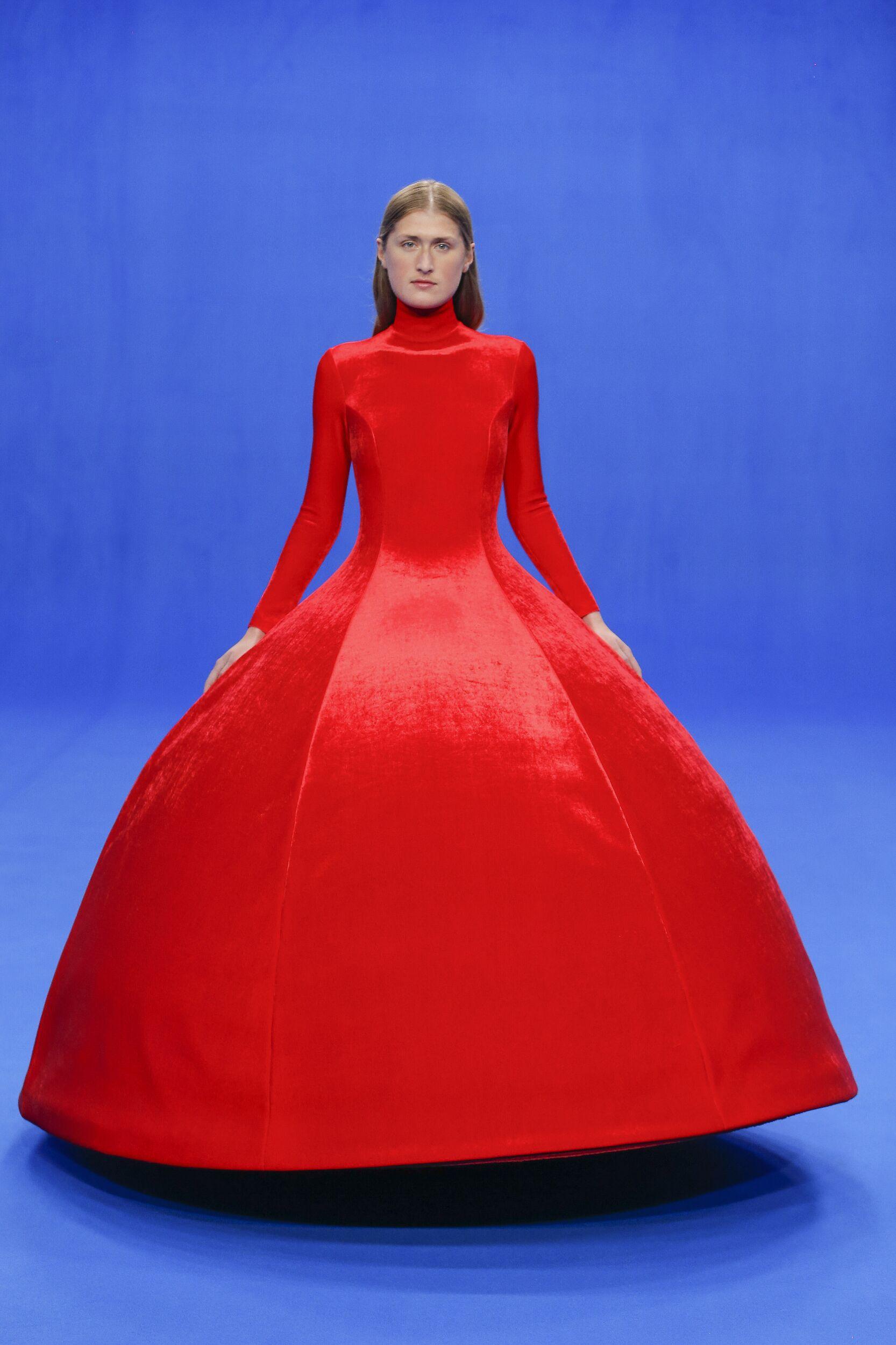 2020 Balenciaga Trends Paris Fashion Show