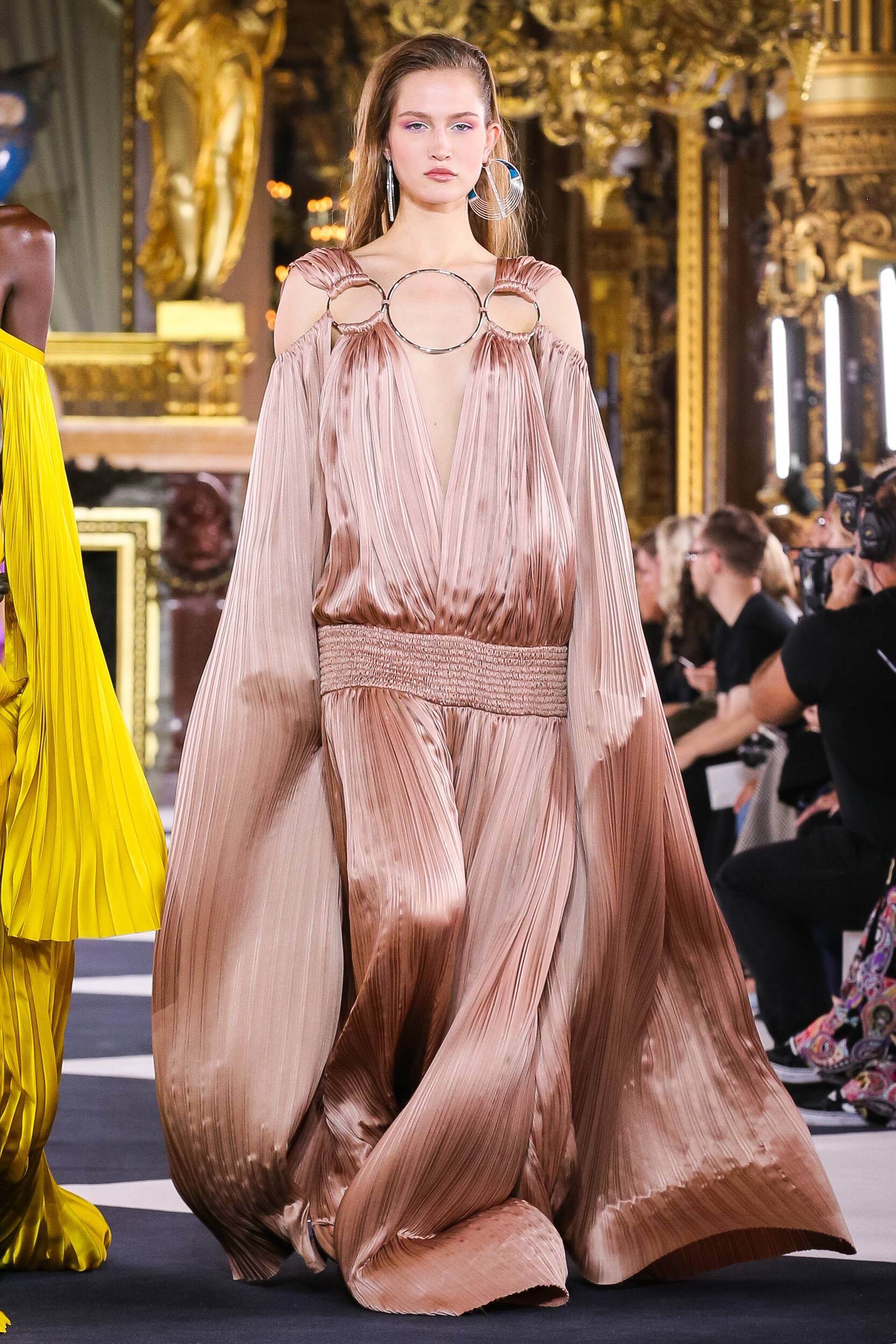 2020 Balmain Trends Paris Fashion Week