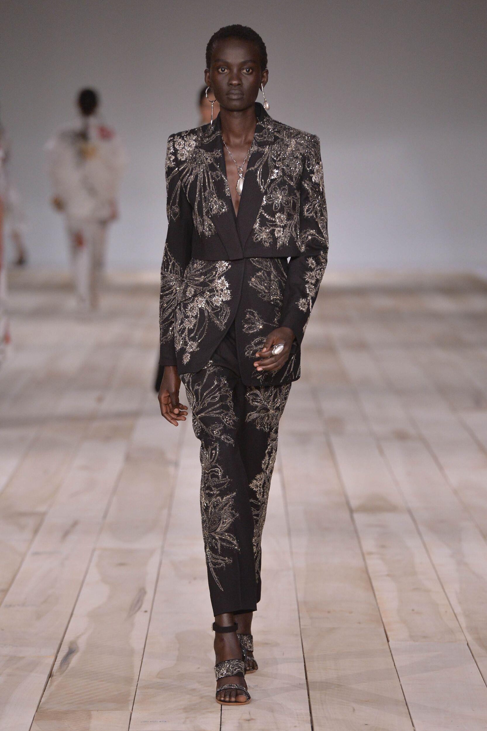 2020 Catwalk Alexander McQueen Summer Woman Collection