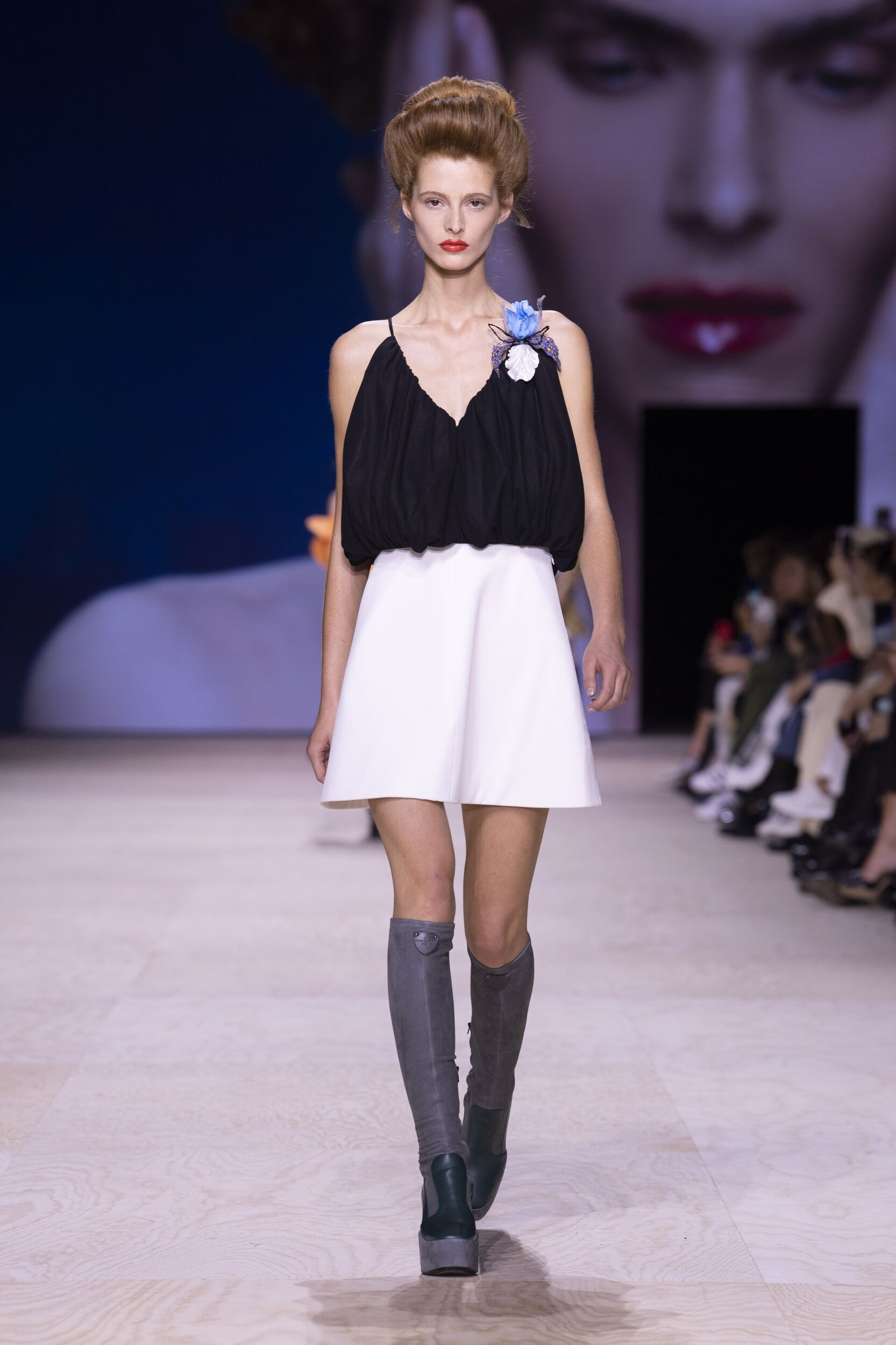 2020 Catwalk Louis Vuitton Fashion Show Summer
