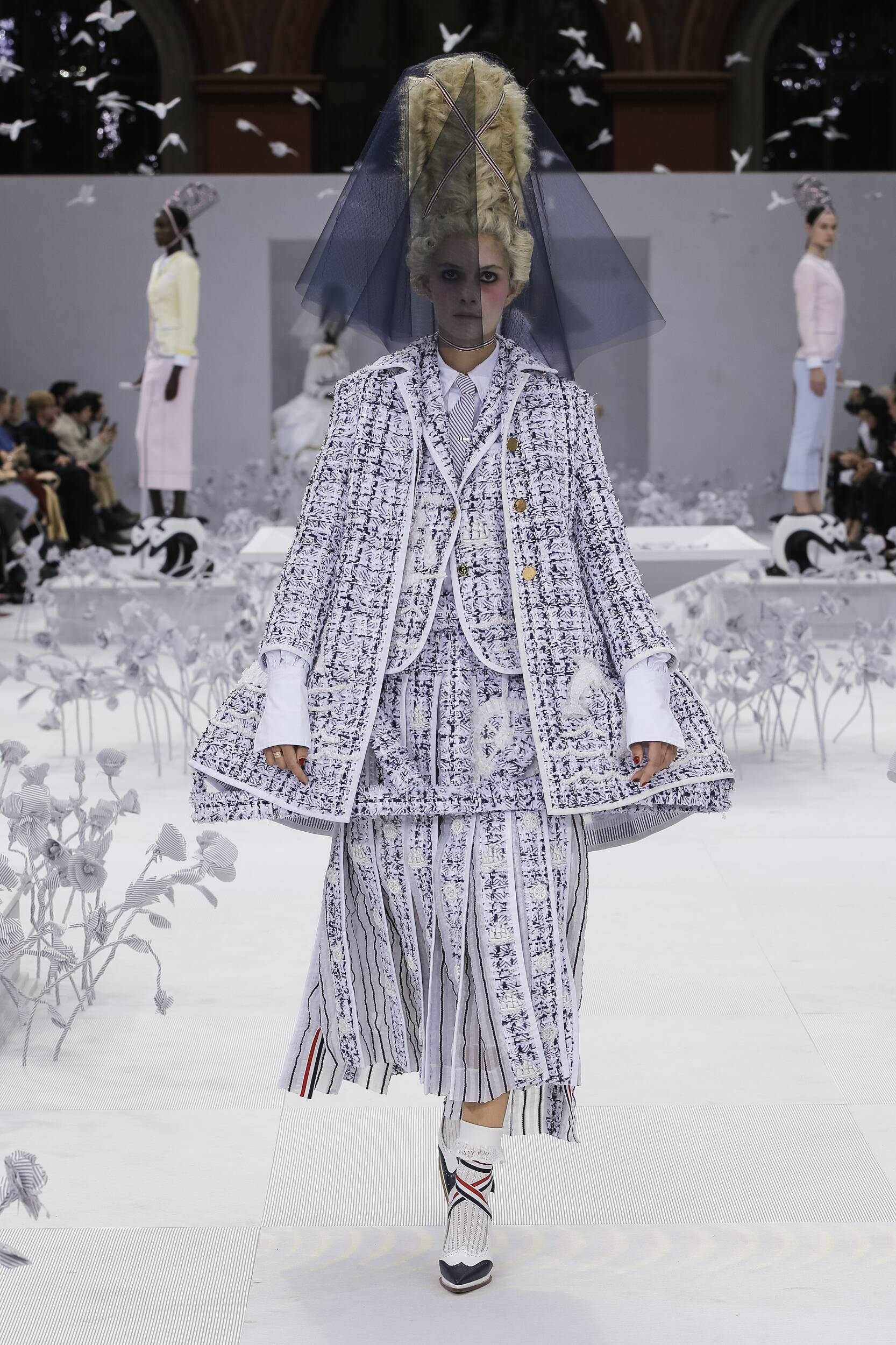 2020 Woman Style Thom Browne