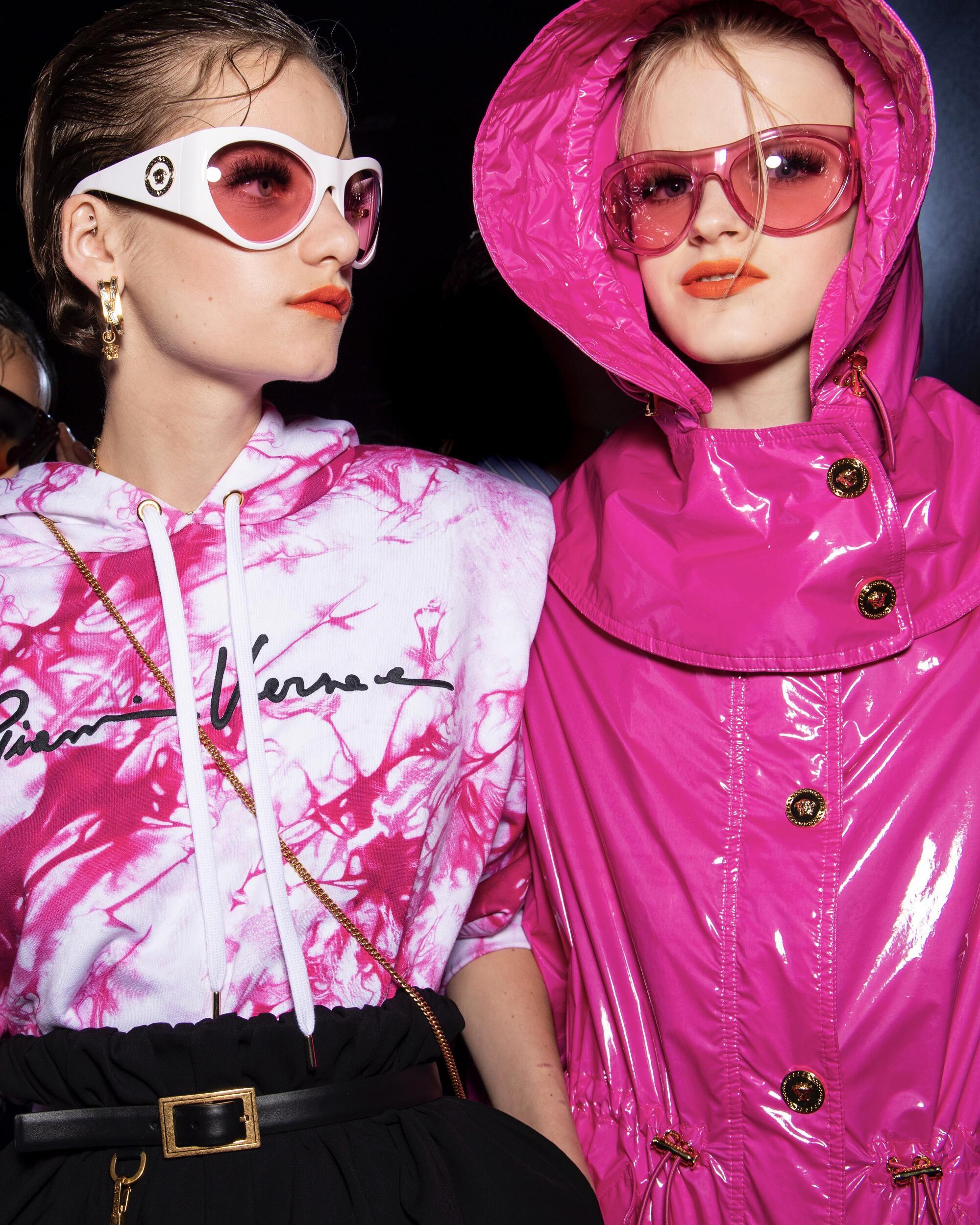 Backstage Versace Models