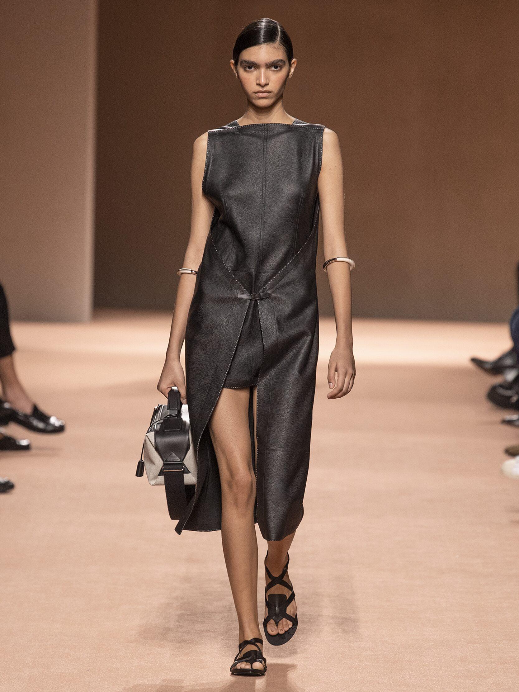 Catwalk Hermès Woman Fashion Show Summer 2020