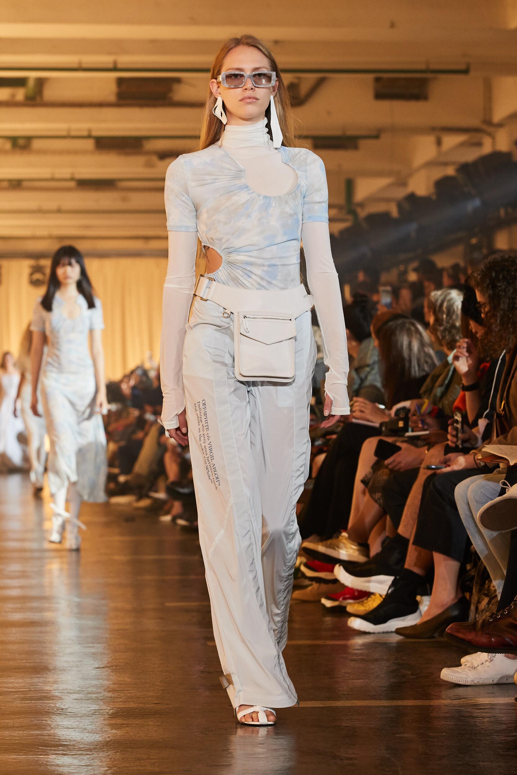 Catwalk Off White c/o Virgil Abloh Woman Fashion Show Summer 2020