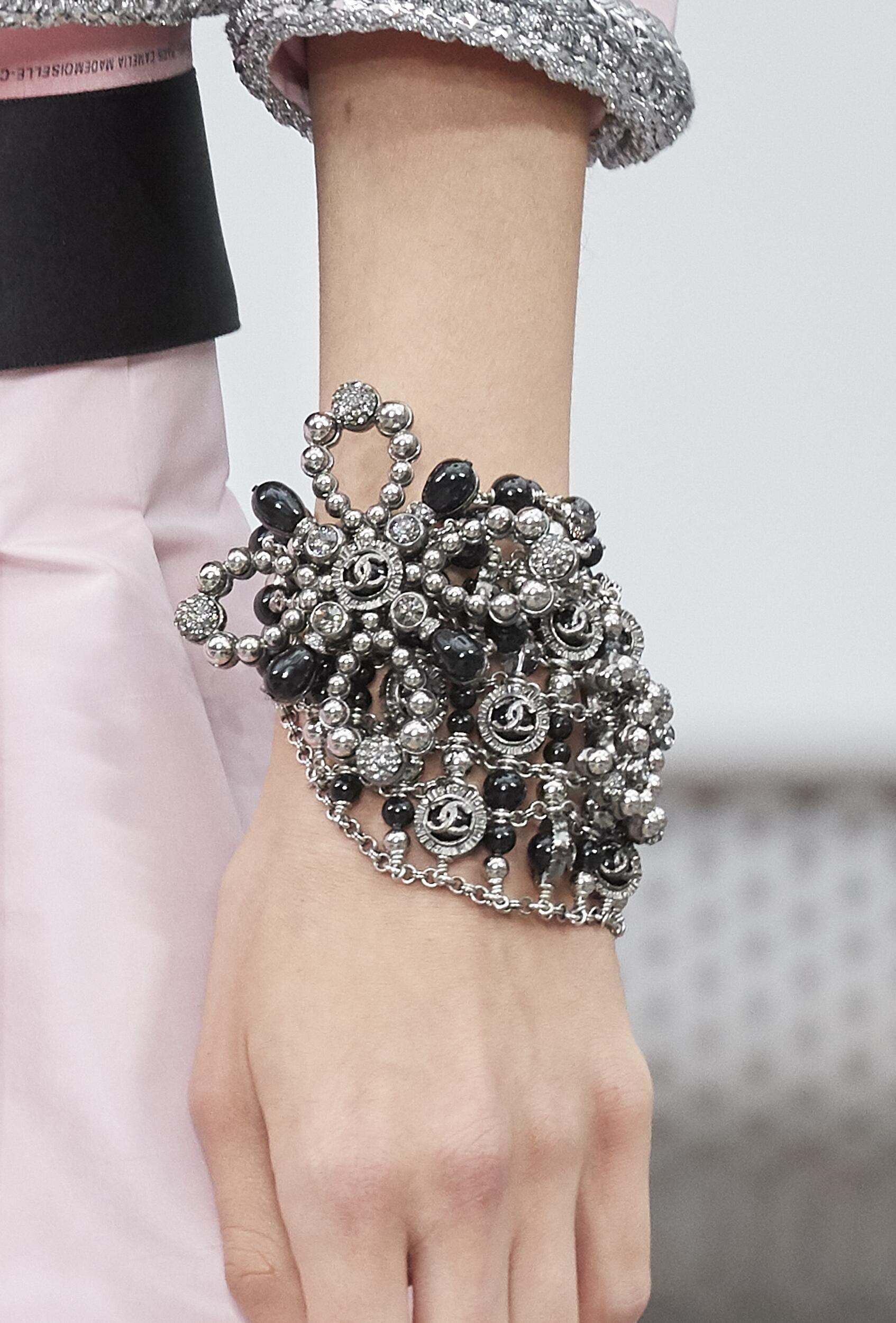Chanel 2020 Bracelet Paris