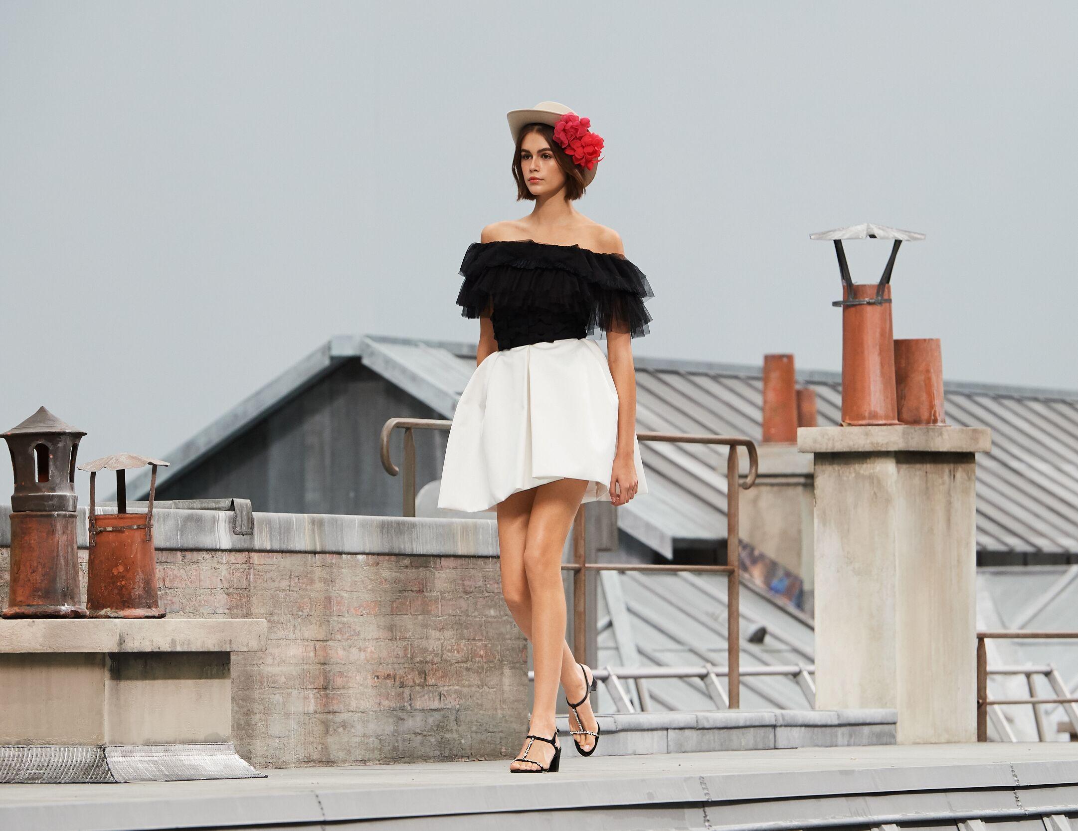 Chanel Woman 2020 Paris Trends