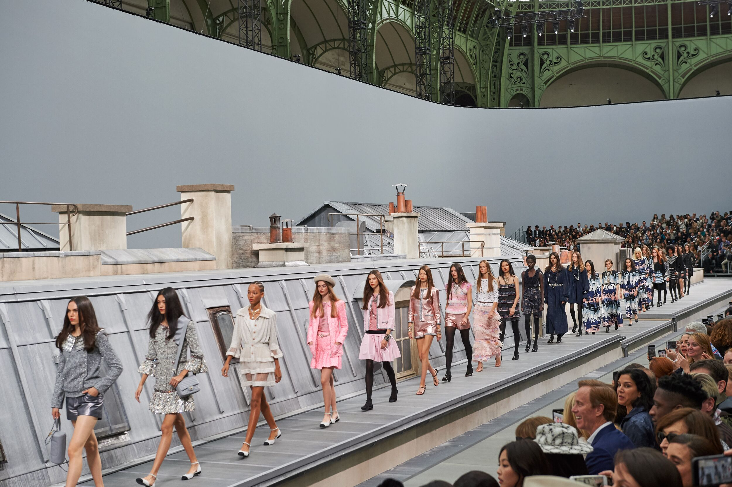 Chanel Womenswear Collection Finale SS