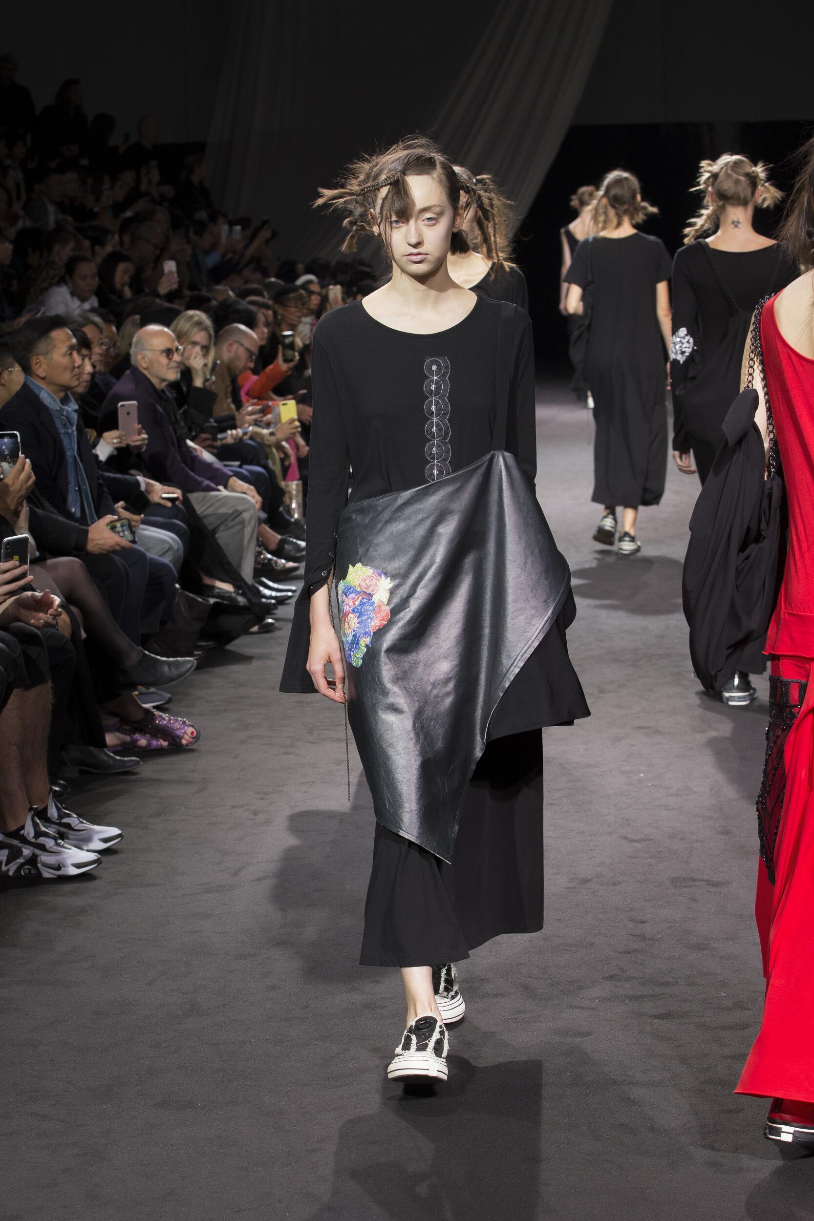 Fashion 2020 Catwalk Yohji Yamamoto
