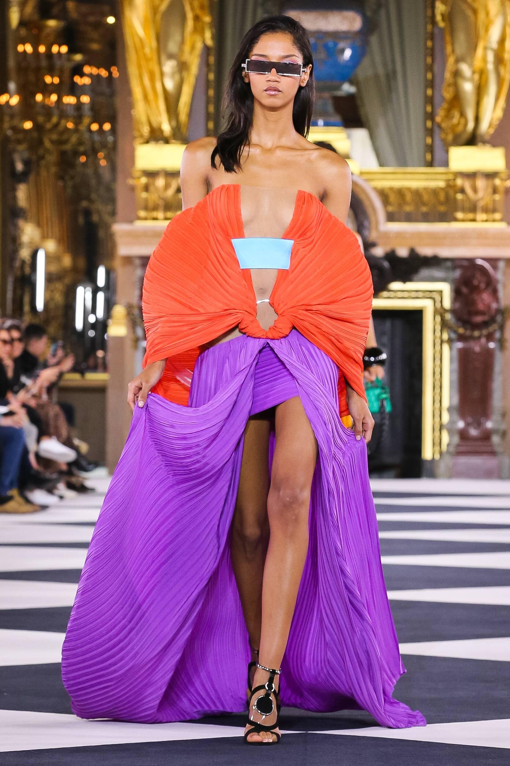 Fashion 2020 Runway Balmain SS