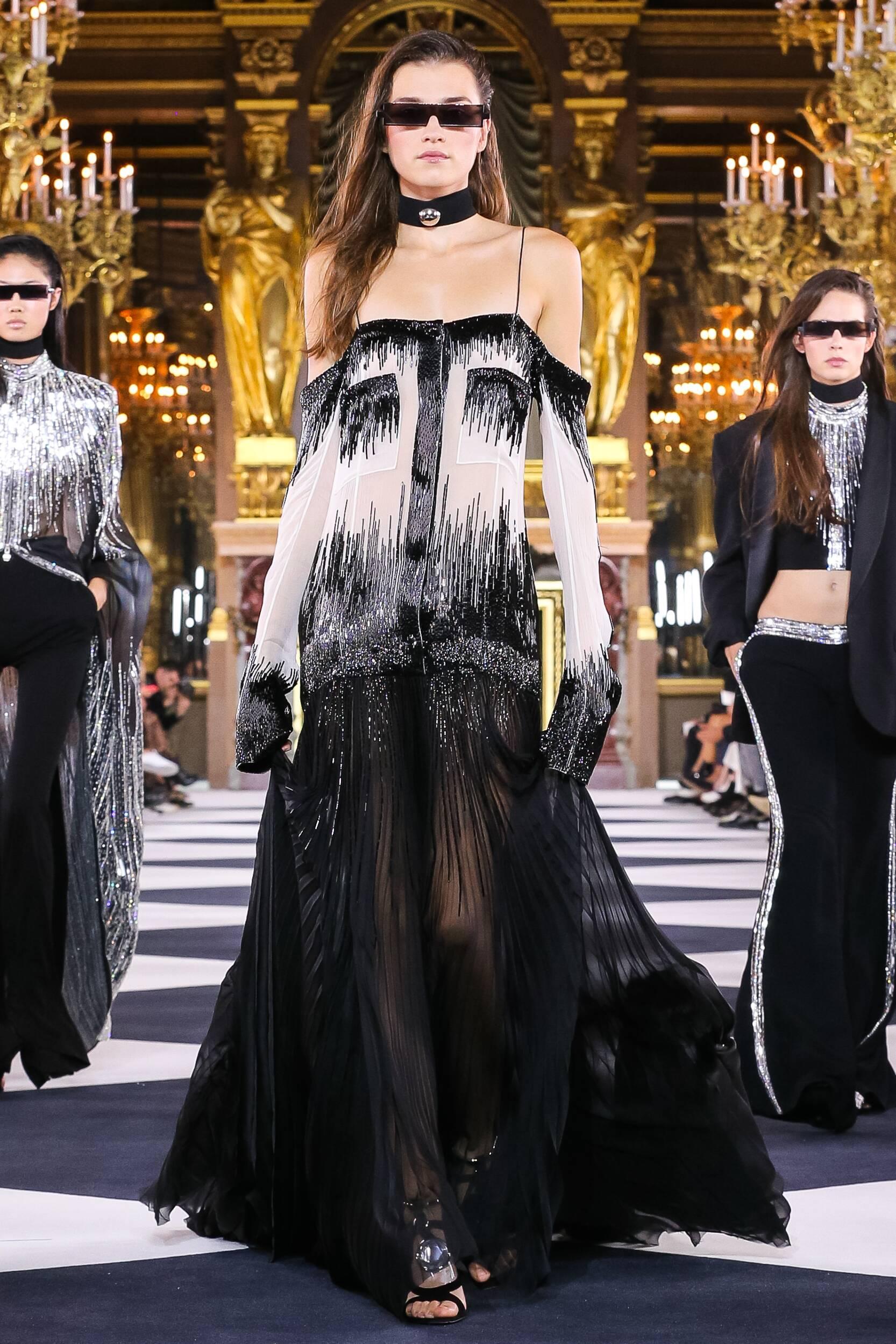 Fashion Trends 2020 Catwalk Balmain Summer Women's Collection