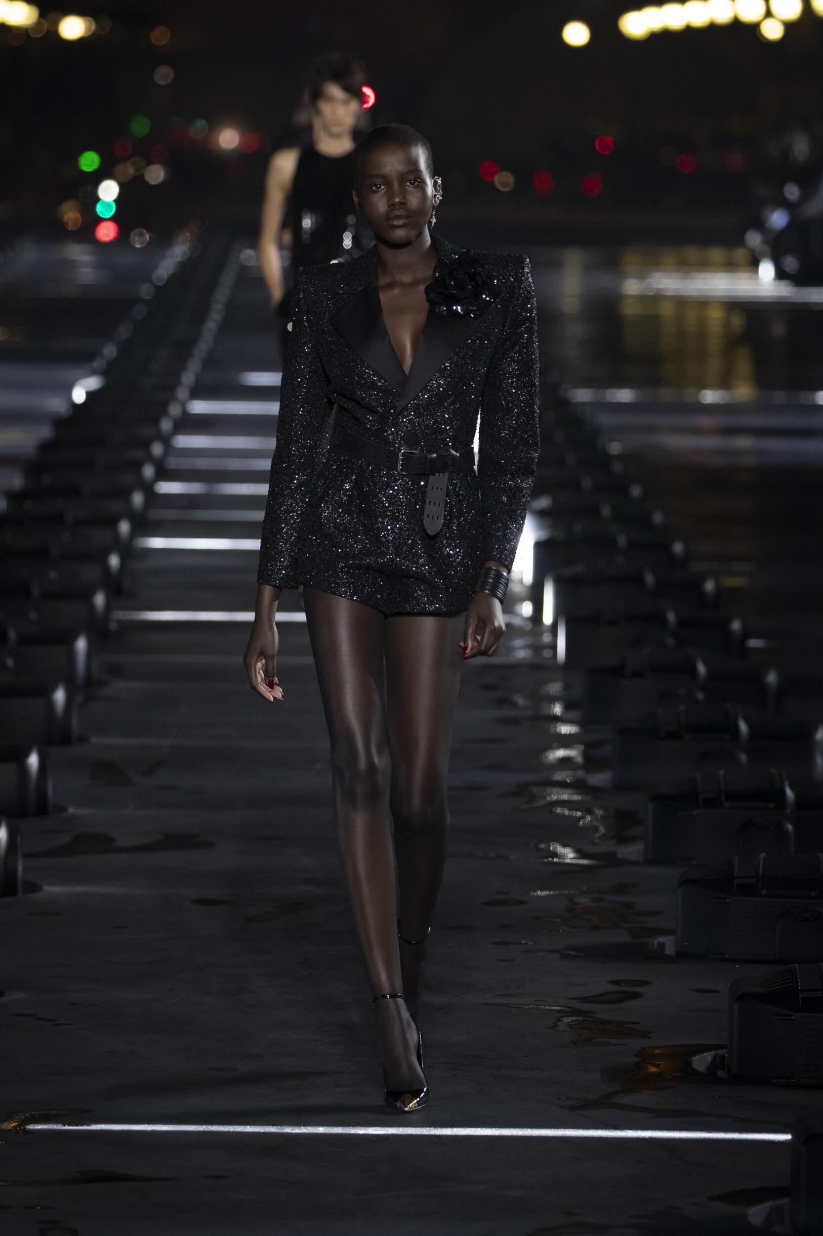 Fashion Week 2020 Catwalk Saint Laurent