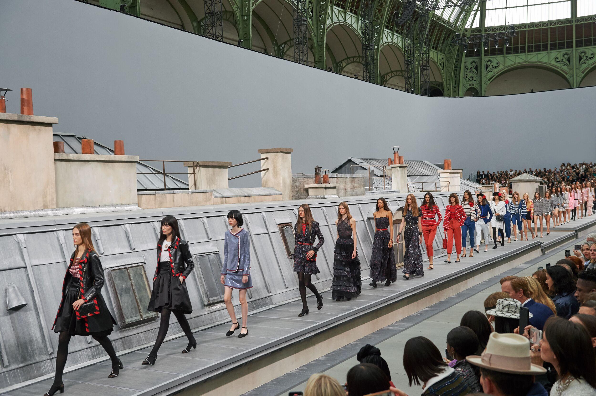 Finale Womenswear Fashion 2020 Catwalk Chanel