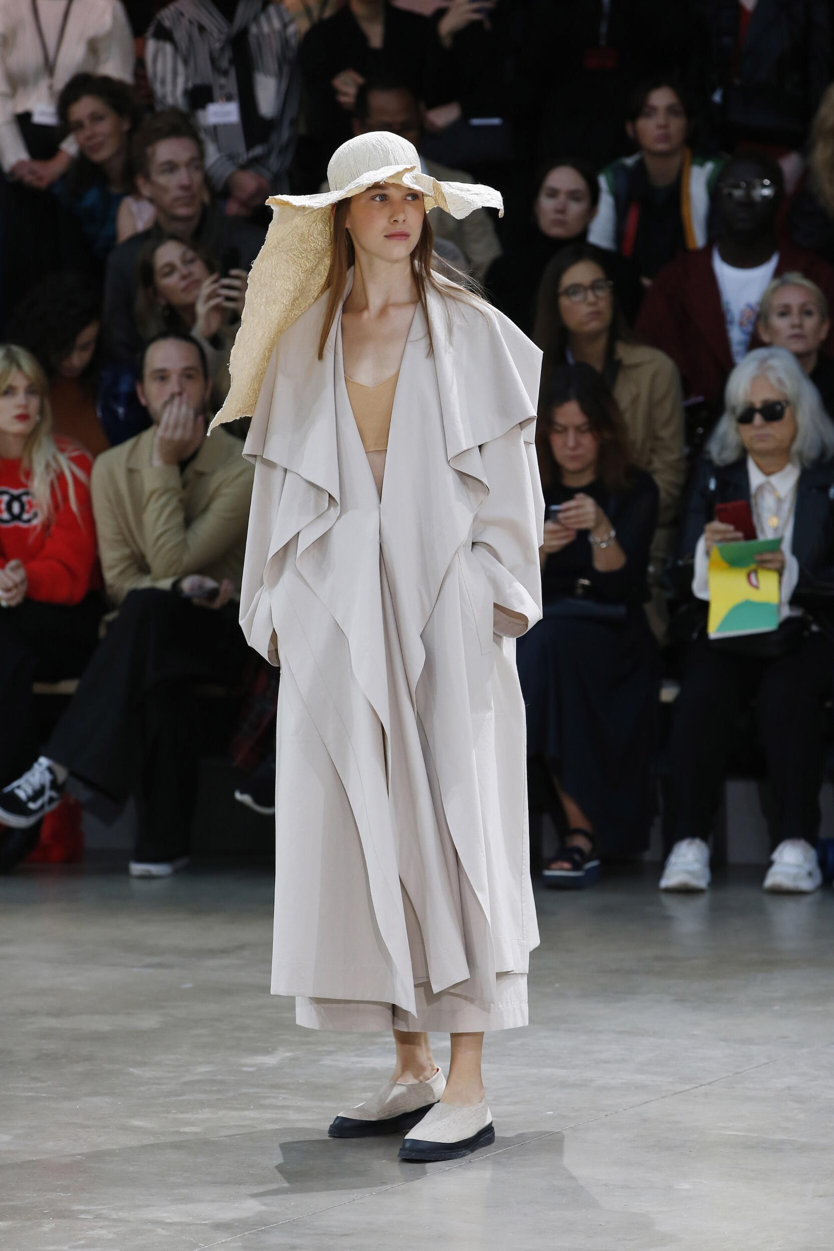Issey Miyake Fashion Show SS 2020