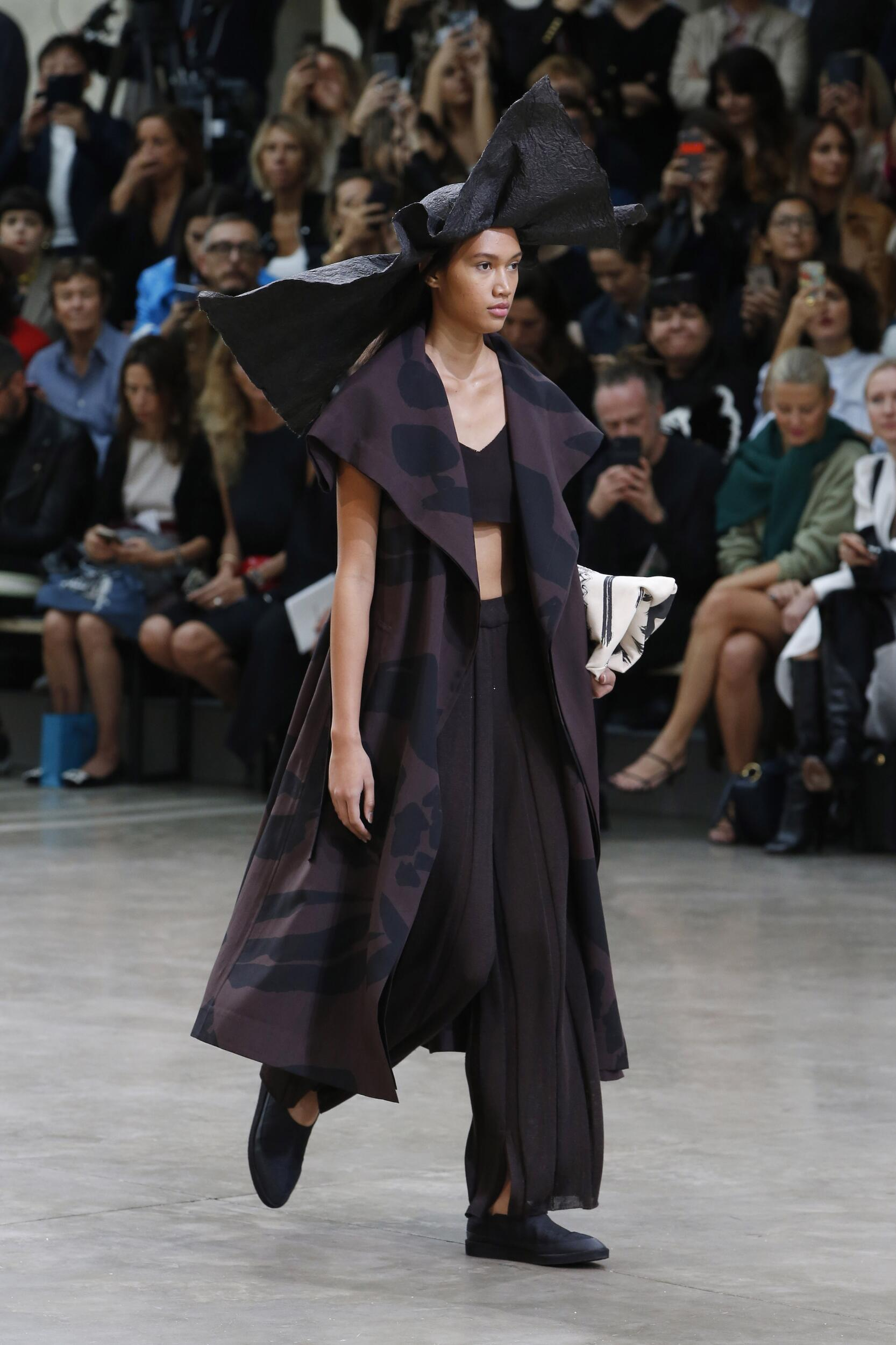 Issey Miyake Spring Summer 2020 Collection Paris Fashion Week