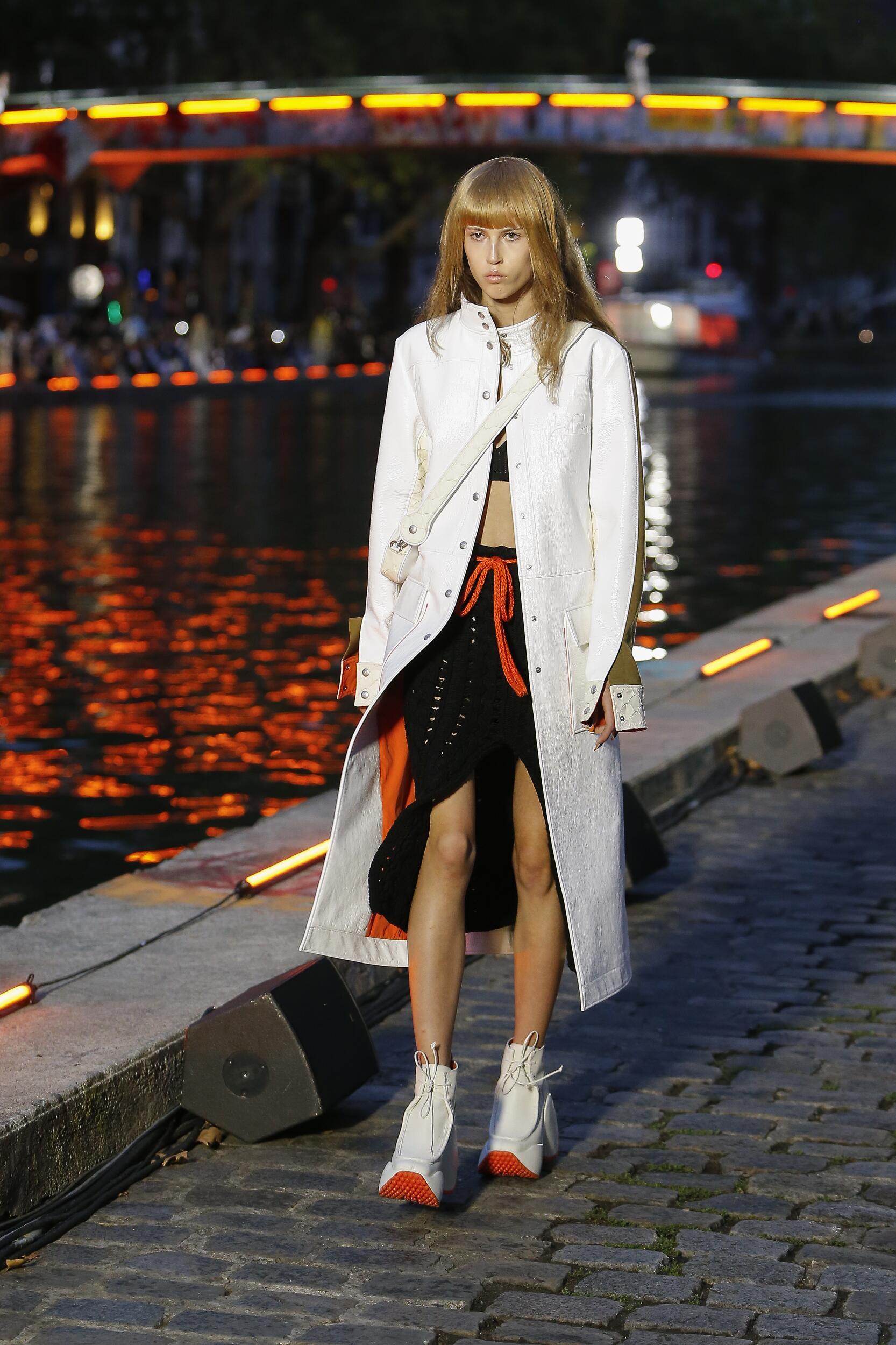 Model Fashion Show Courrèges